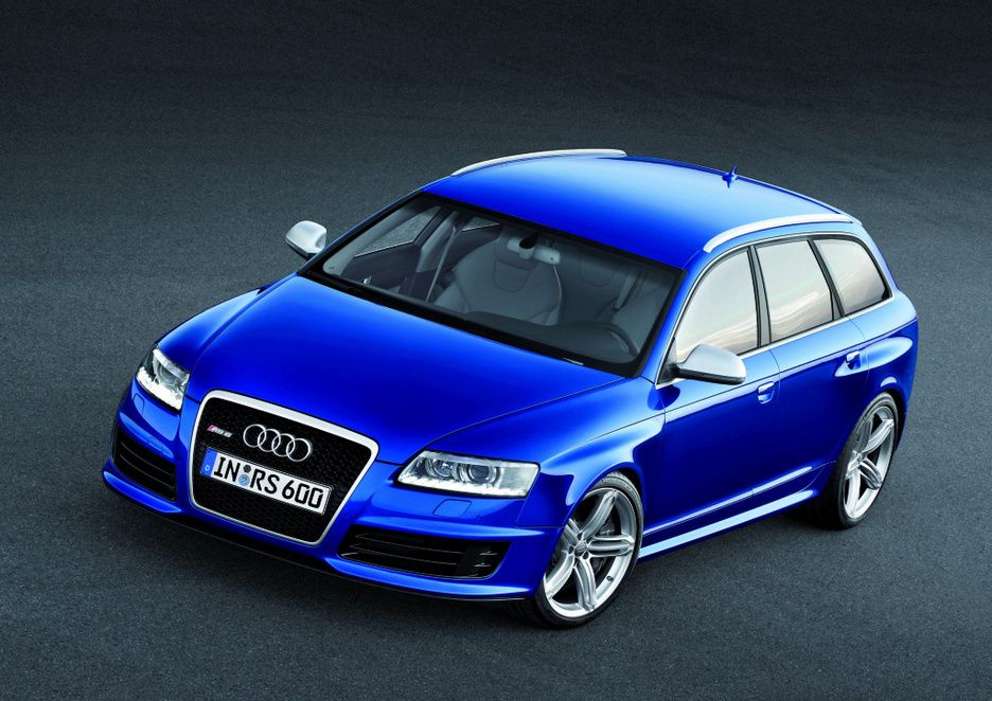 BILMESSEN I FRANKFURT: Audi RS6 er verstingversjonen av Audi A6.
