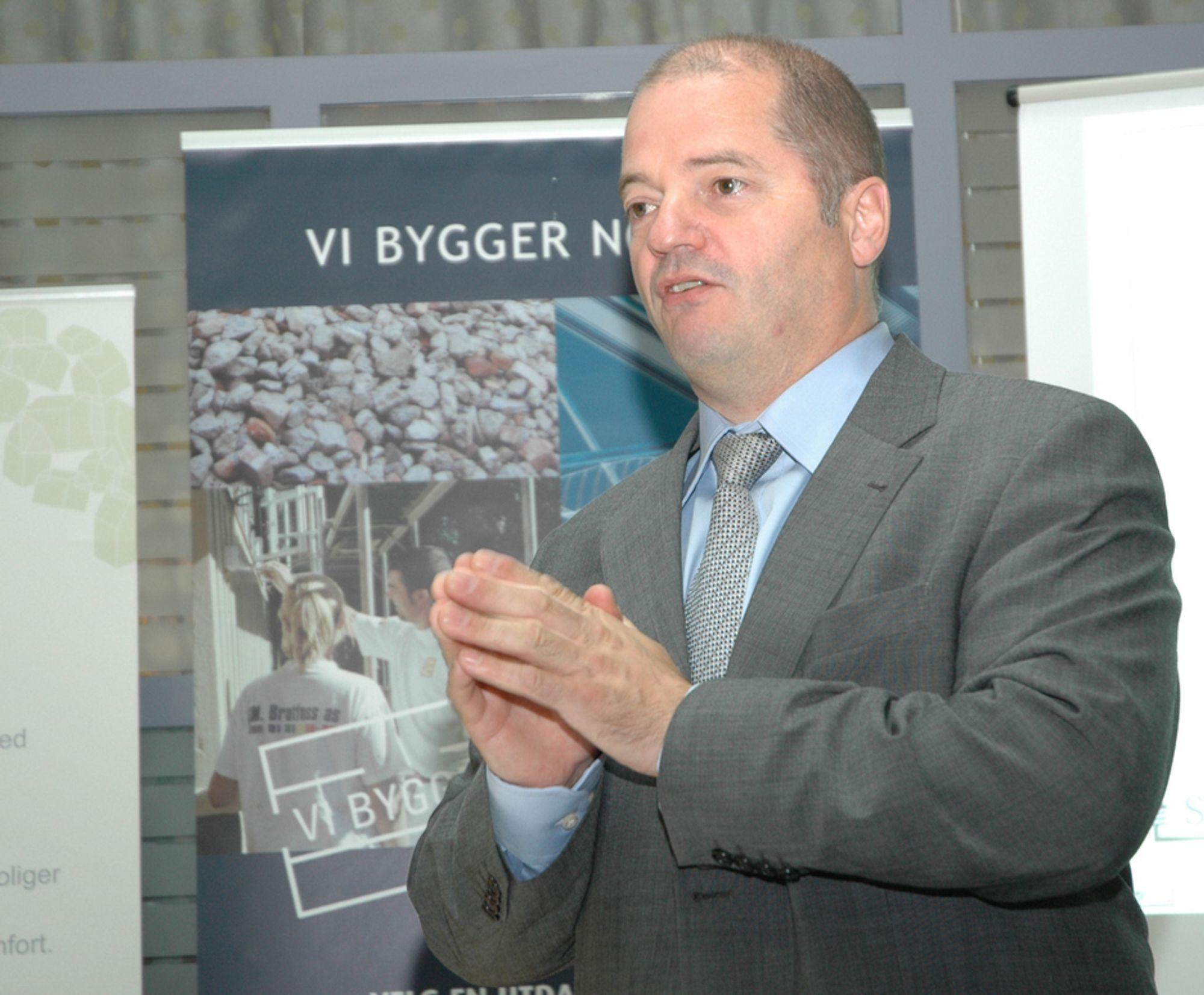 Olje- og energiminister Odd Roger Enoksen (Sp).
