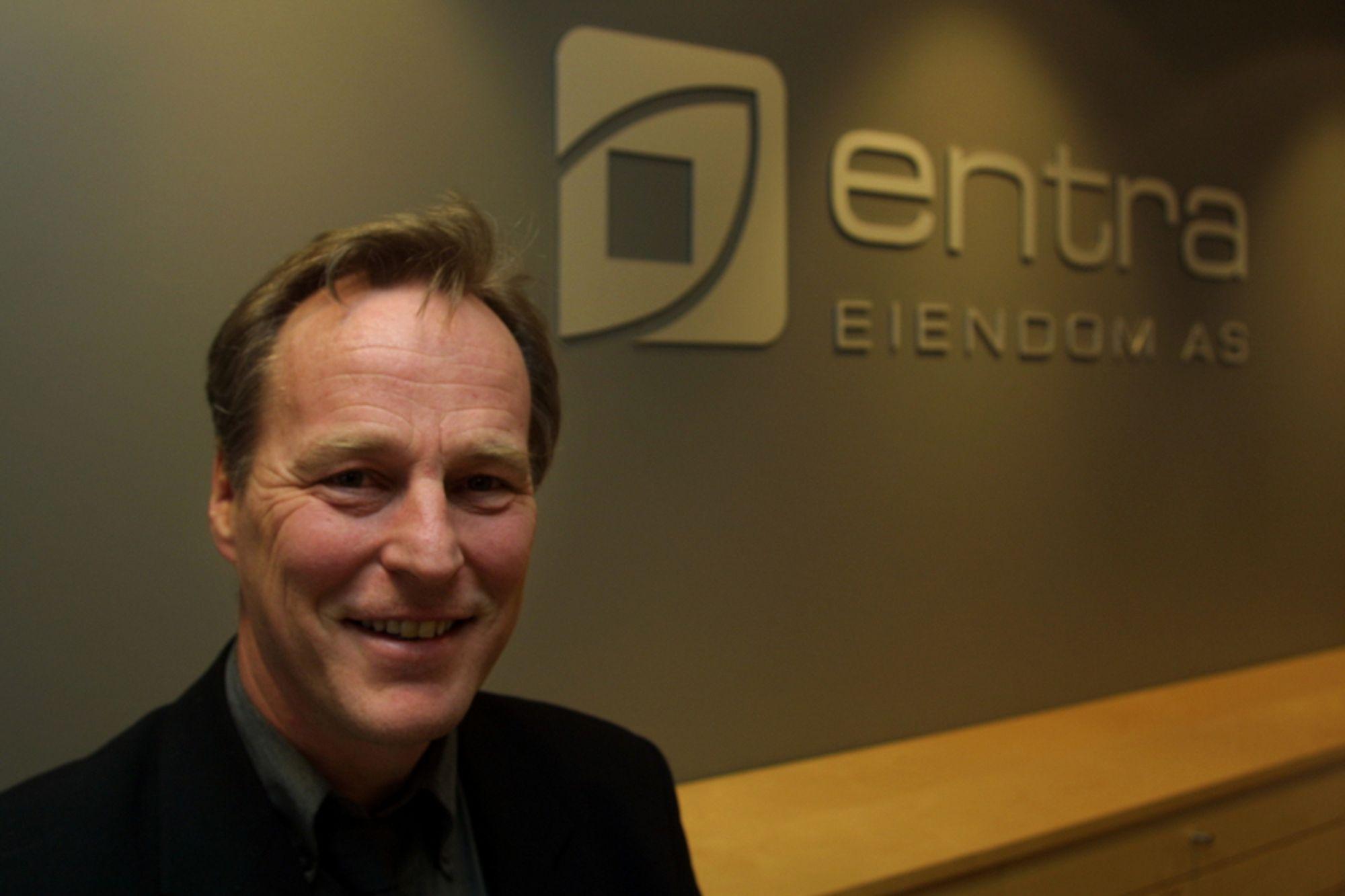 Erik Løfsnes ble ienig med styret i Entra Eiendom AS om å fratre stillingen som adm. dir. etter mye uro og uklarheter.