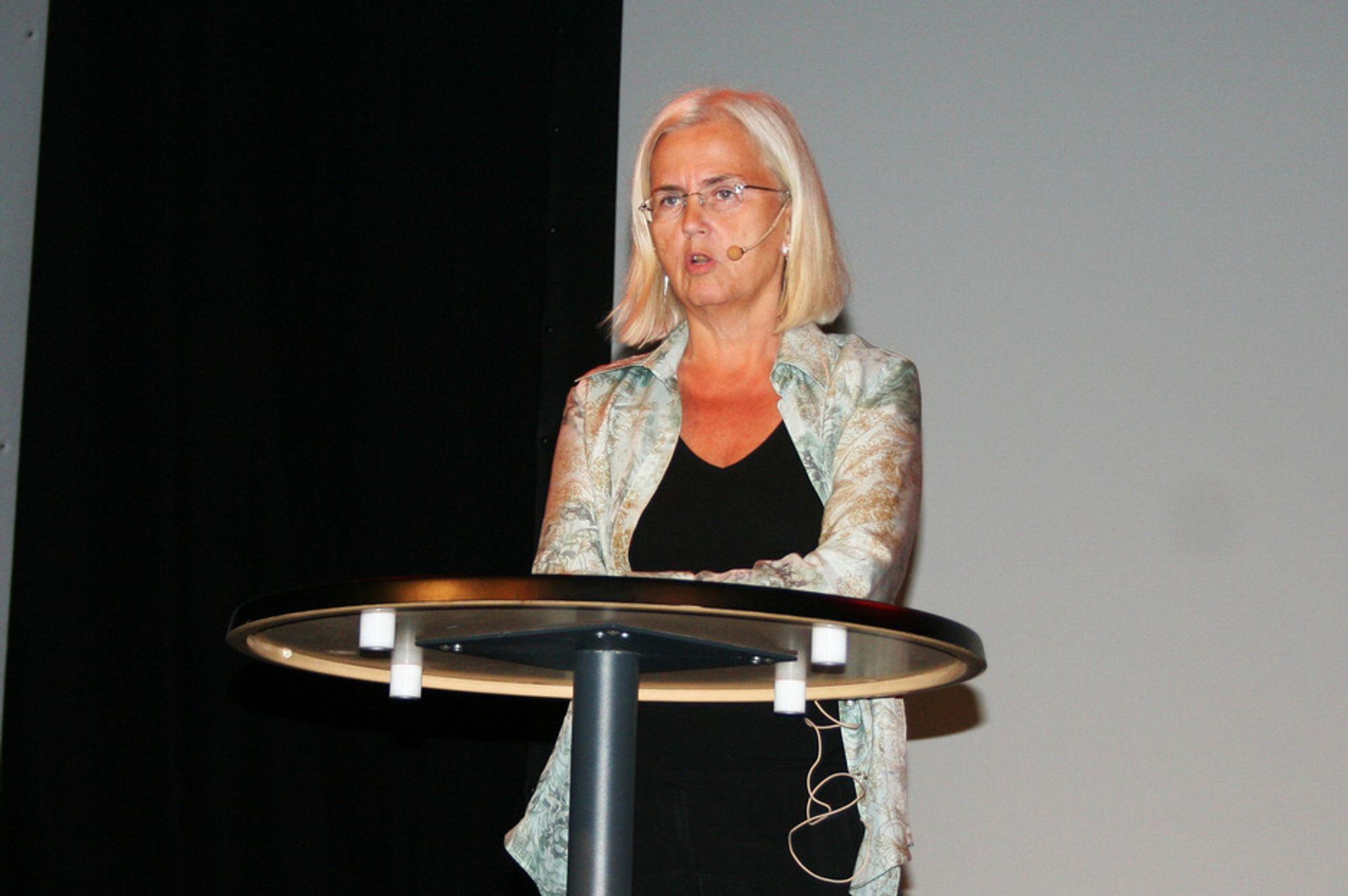 Helen Bjørnøy avfallskonferanse mijøvernminister