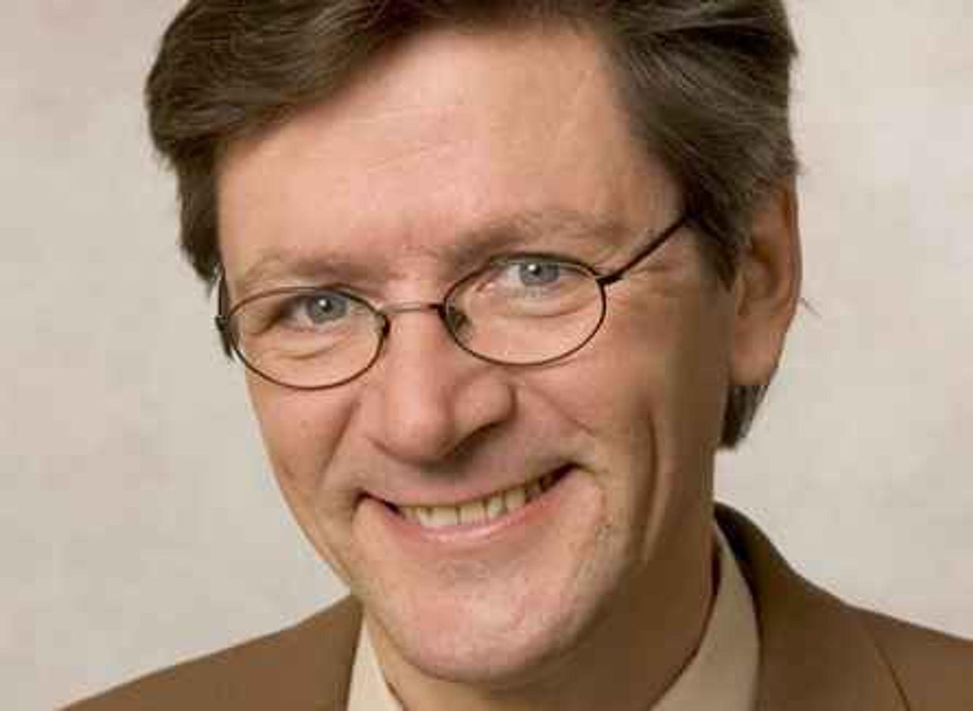 IKKE LIKE HAPPY: Daglig leder Tom-Ivar Bern i Technoport er irritert over avlysningene av de tre IT-konferansene. Han mener dette skader Technoport Festivalen.