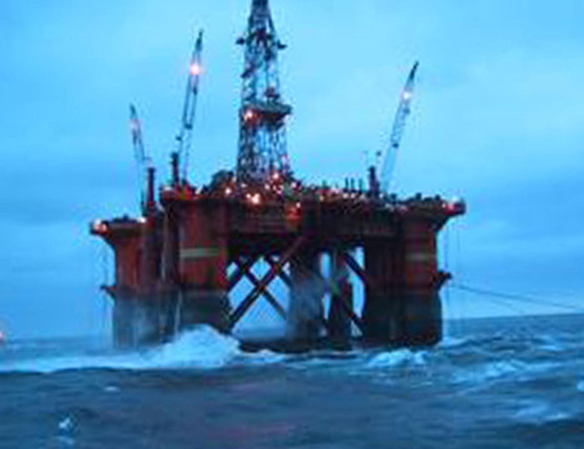 Boreriggen Deep Sea Delta borer for Hydro på Shtokman. Nå kommer Total inn som deleier.