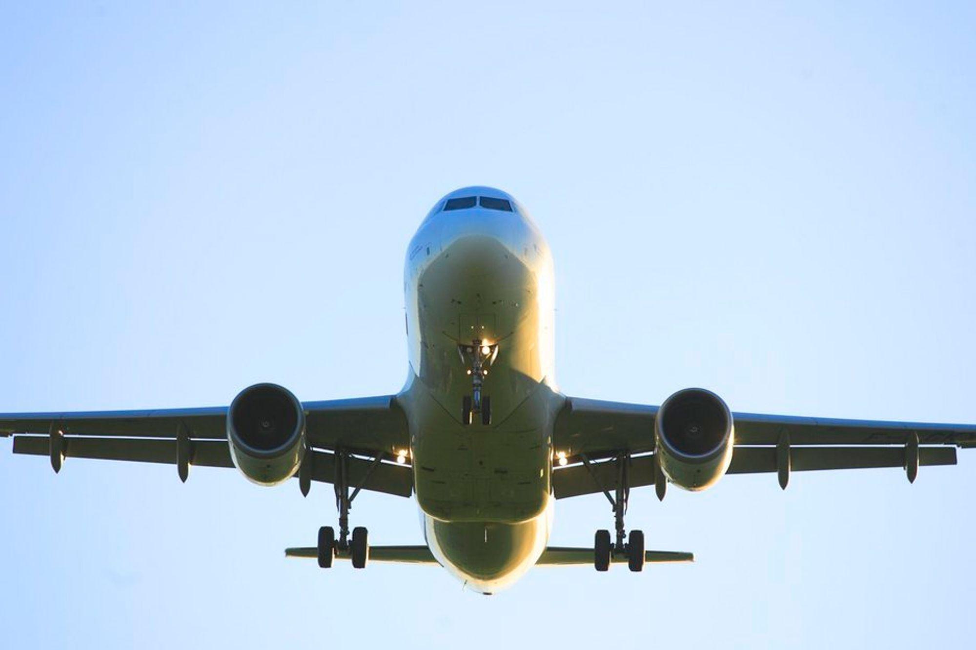 Flyselskaper. Fly. Flyulykker. Flysikkerhet. Samferdsel. Luftfart.