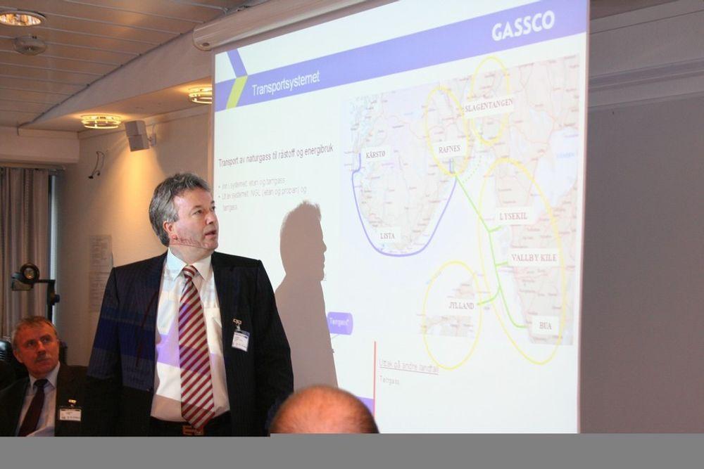 Direktør Thor Otto Lohne i Gassco sier det ikke vil komme på plass en ny gassrørledning fra Norskehavet til Nordsjøen før tidligst i 2015.