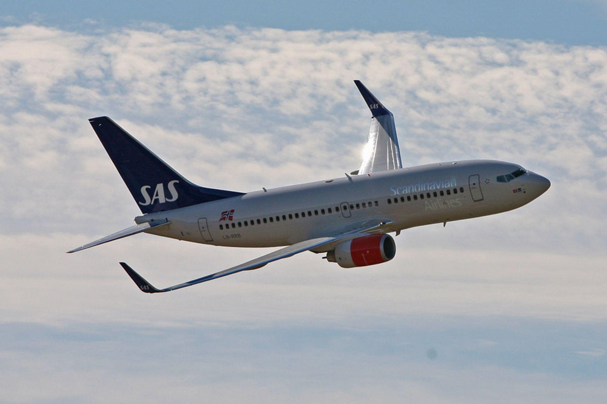 Ny Boeing 737 i SAS sine farger rett fra fabrikken.