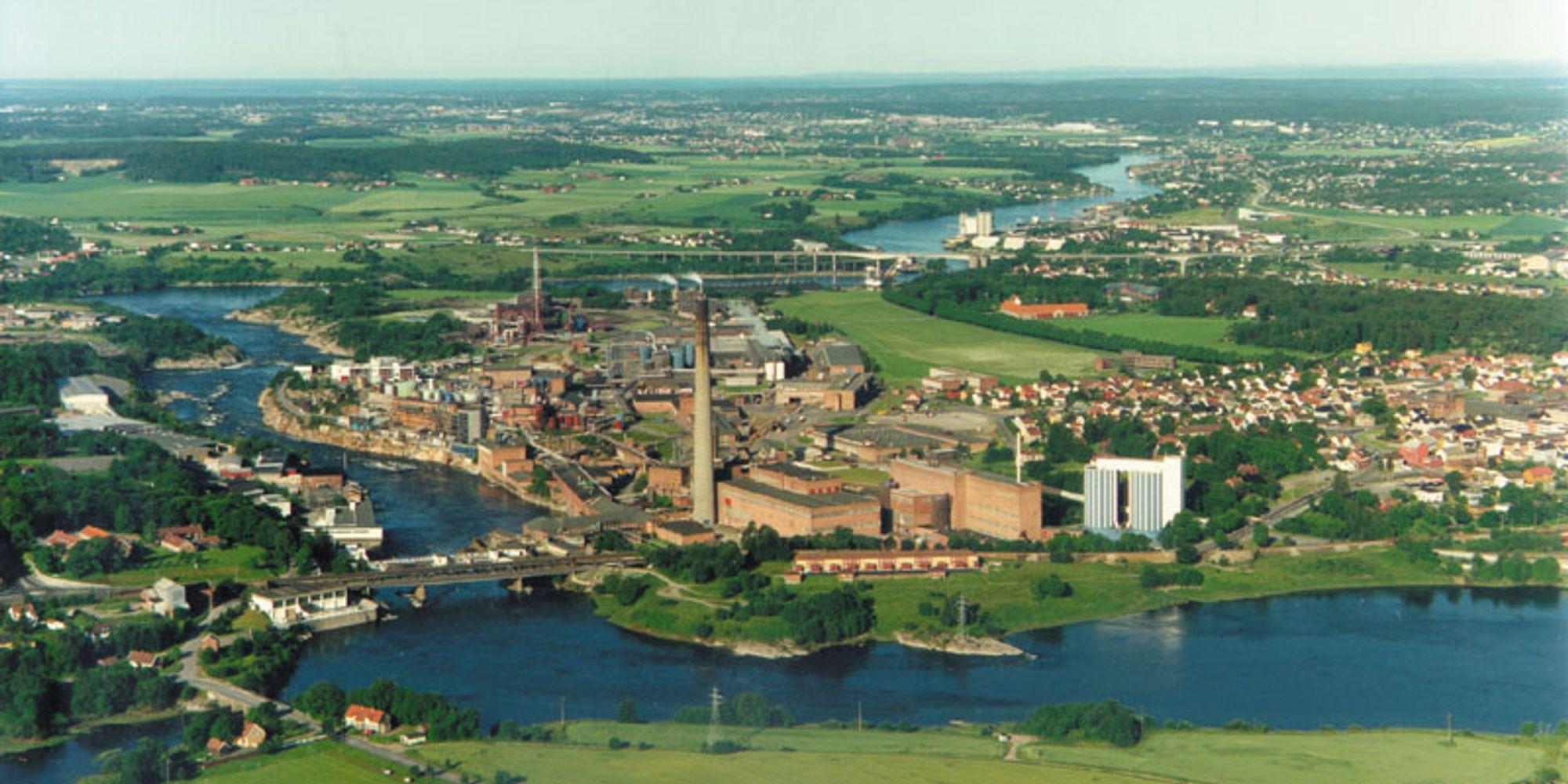 Orkla Materials gjør det godt på tross av høye råvarepriser og en ugunstig valutautvikling. Her er Borregaards anlegg i Sarpsborg.