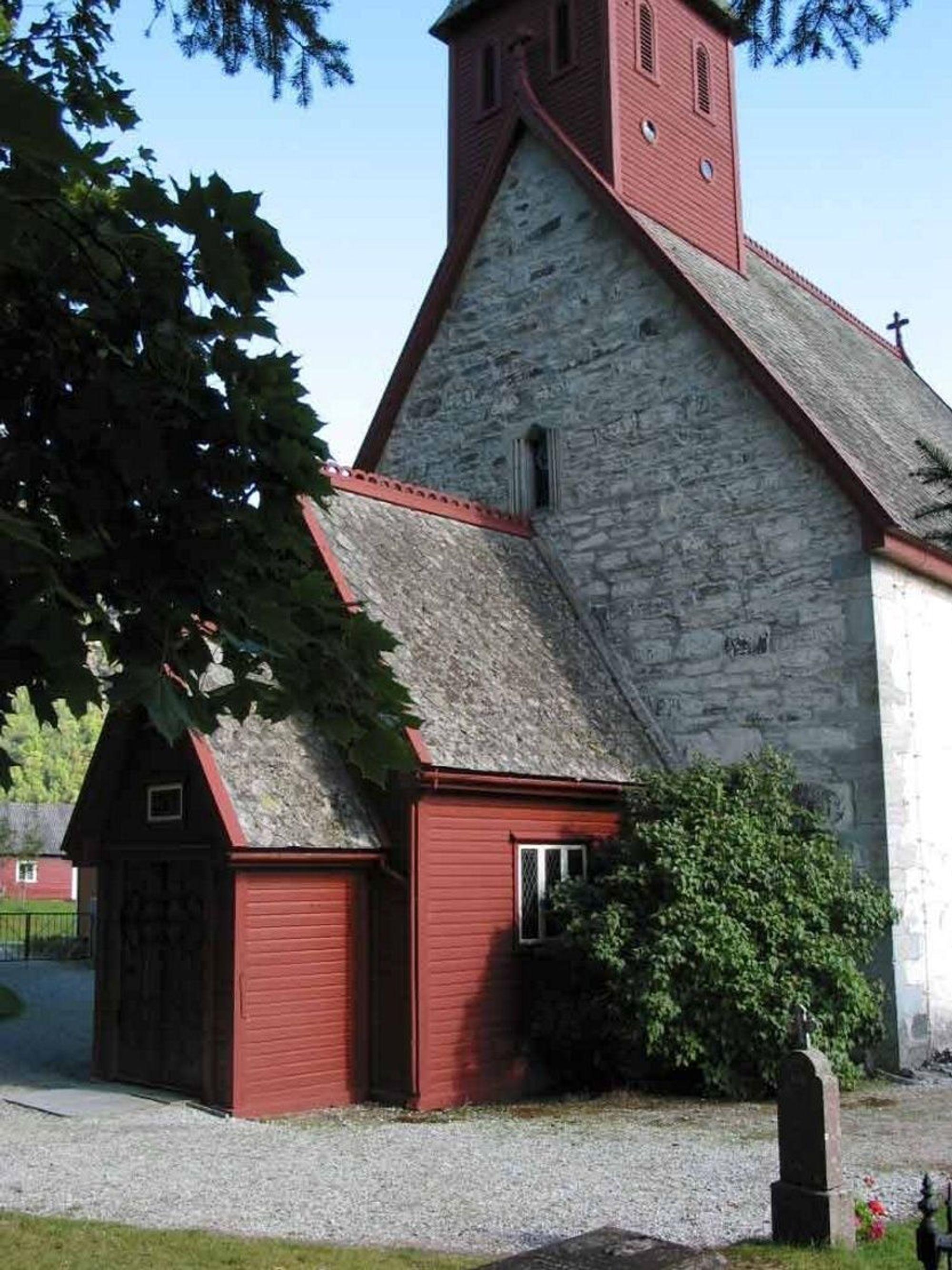 SKATT: Den flotte Dale kirke er et av de kirkebyggene som nå går inn i en nasjonal oversikt over kirkelige kulturskatter. FOTO: NORGES TURISTRÅD