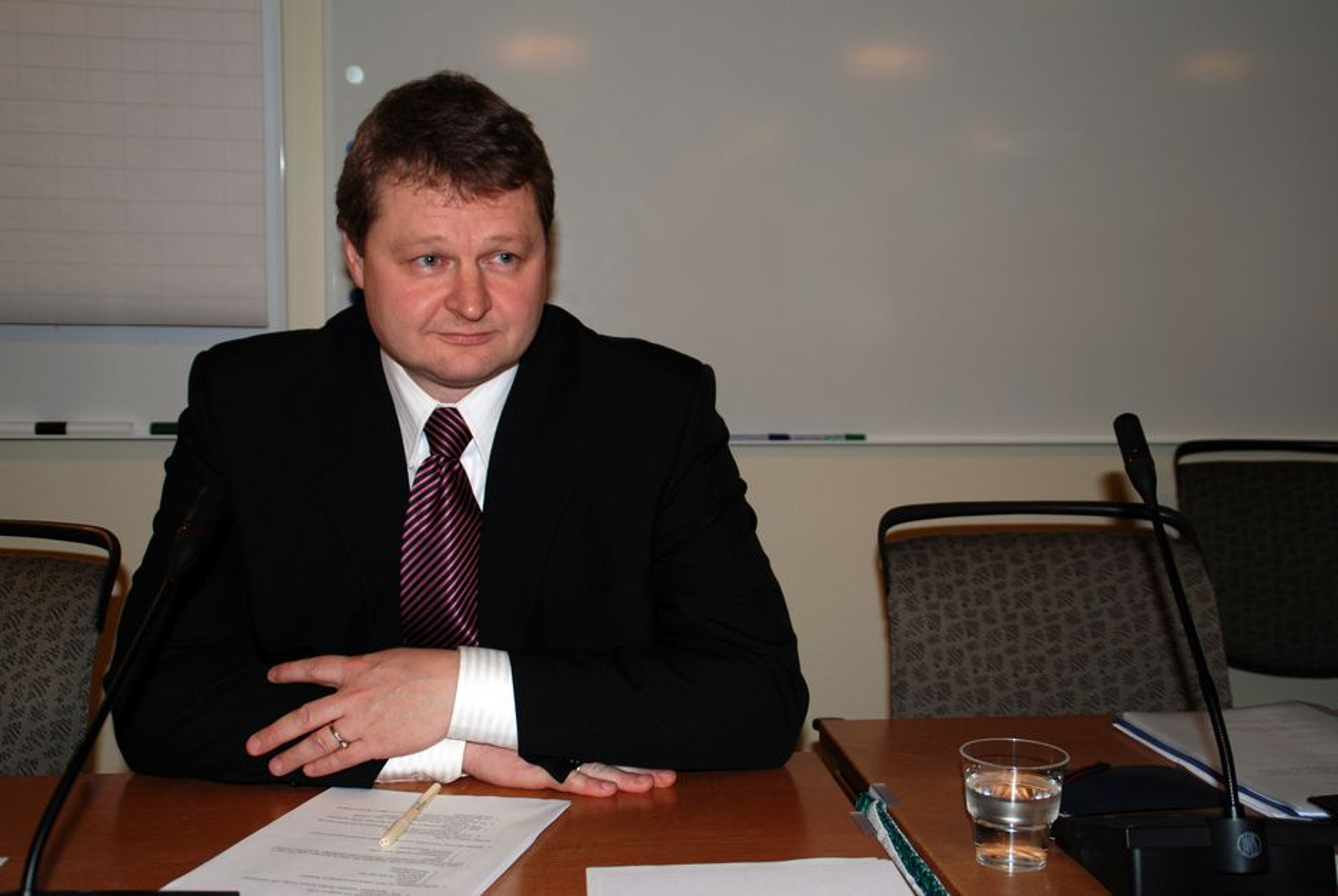 Daglig leder i Lodic AS, Gisle Fiksdal, som tidligere har jobbet ved Marintek, utgjør Undersøkelseskommisjonens kompetanse på stabilitet.