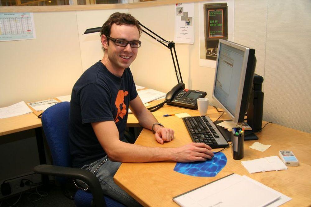 TRIVES: ¿ Helt topp å både bo og jobbe på Kongsberg, sier trainee Kristian Eckhoff i FMC Technologies.