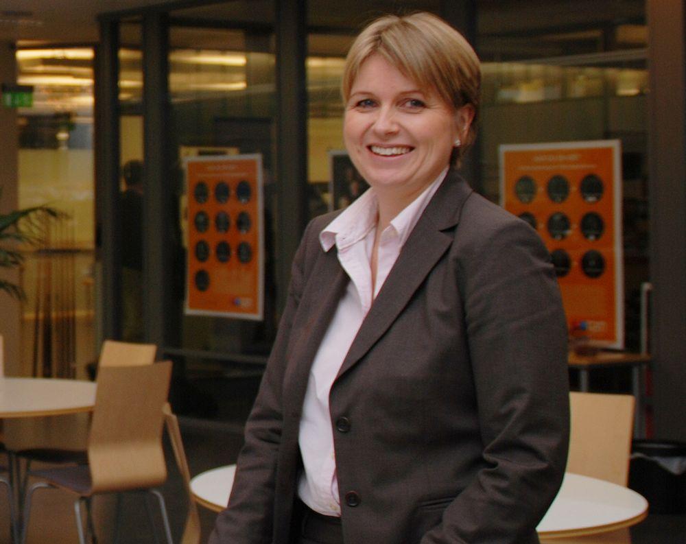 BLIR SKOLESJEF: Kristin Vinje, som tidligere har vært assisterende direktør i Simula, blir nå leder for Simulaskolen - Simula School of Research and Innovation.