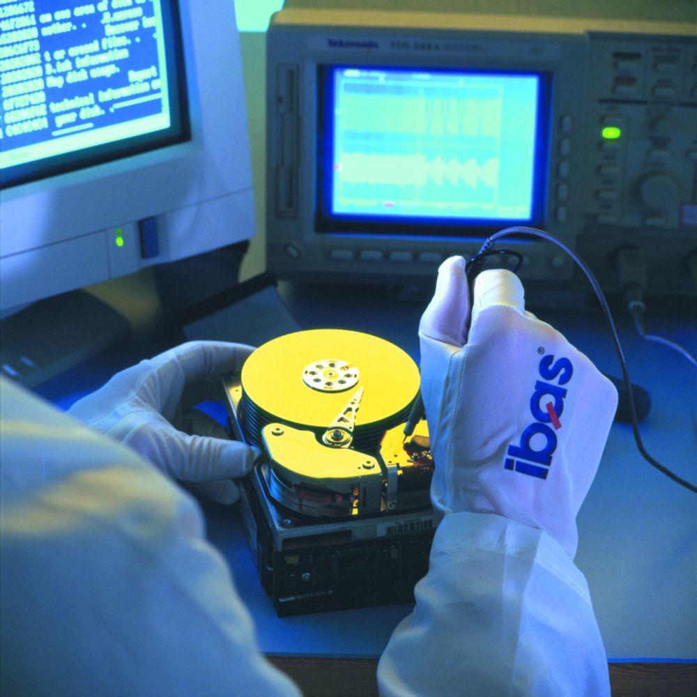 Renrom hos Ibas - der fintfølende instrumenter kan finne fram ødelagt informasjon.