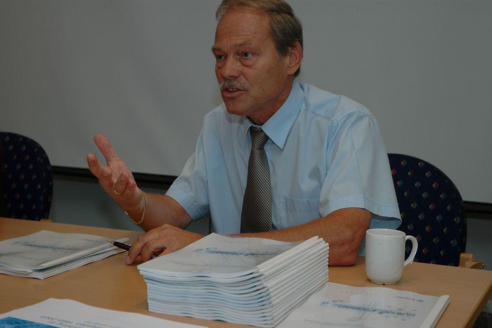 ÅPENT: Adminstrerende direktør Willy Jensen finner det opportunt å minne om hvordan det gikk med Norsk Data og deres proprietære løsninger.