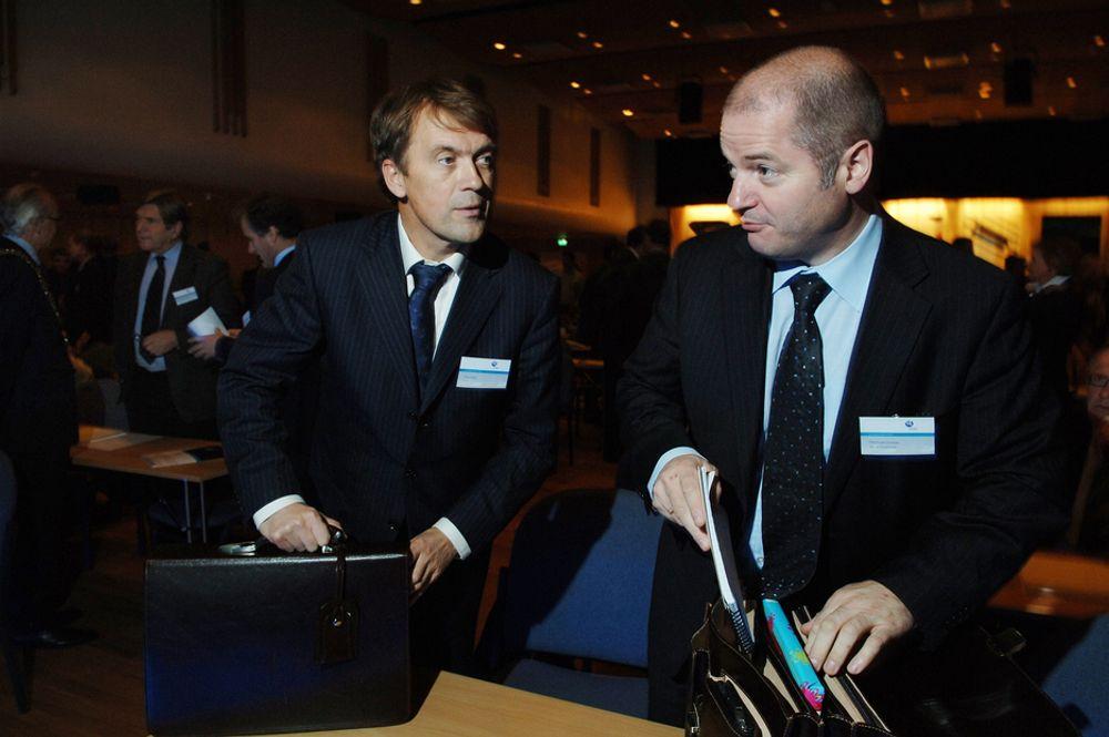 TALER EIEREN MIDT I MOT: Hydro-sjef Eivind Reiten har gått kritisk ut mot eieren av den nye giganten,  her representert ved  Olje- og energiminister Odd Roger Enoksen, selv om han er foreslått som styreleder i det nye selskapet.
