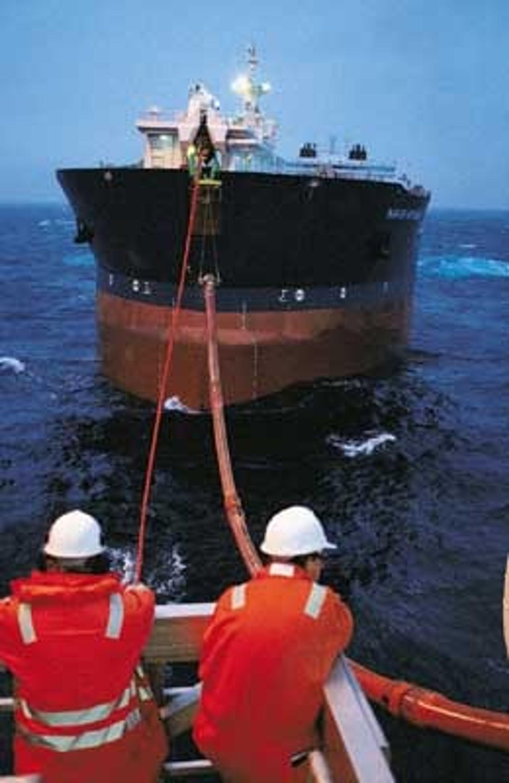 Navion Britannia og resten av bøyelasterne er solgt til Canda.Foto: Øyvind Hagen, Statoil