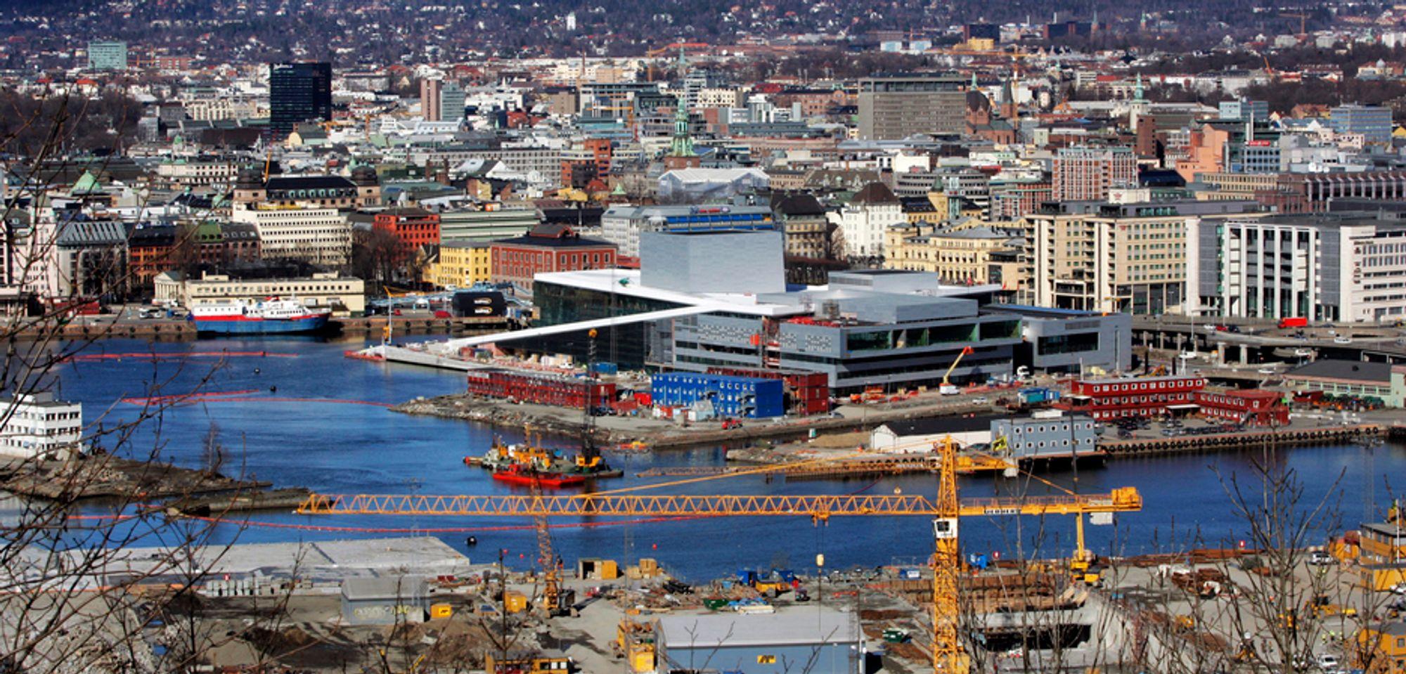 Bygg- og anleggsbransjen økte omsetningen med 30 milliarder kroner i fjor.