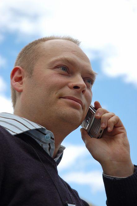 KLAR TALE:Roy Nilssen er prosjektleder for forbedring av stemmekvalitet  i Netcom.