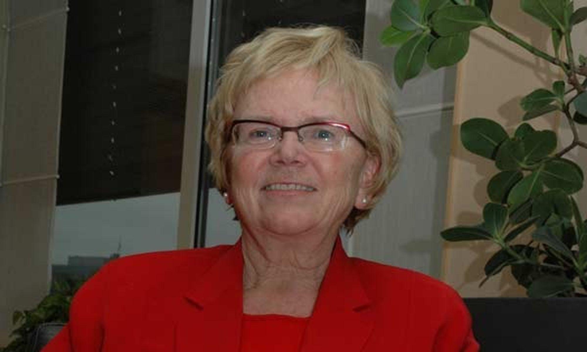 ¿ Den nye loven vil sikre forbrukerne og husbyggerne bedre rettigheter, sier statsråd Magnhild Meltveit Kleppa.
