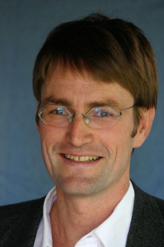 ANDRE GODER: Frynsegoder kan gi større effekt per krone enn lønnstillegg, mener Harald Dale-Olsen ved Institutt for samfunnsforskning