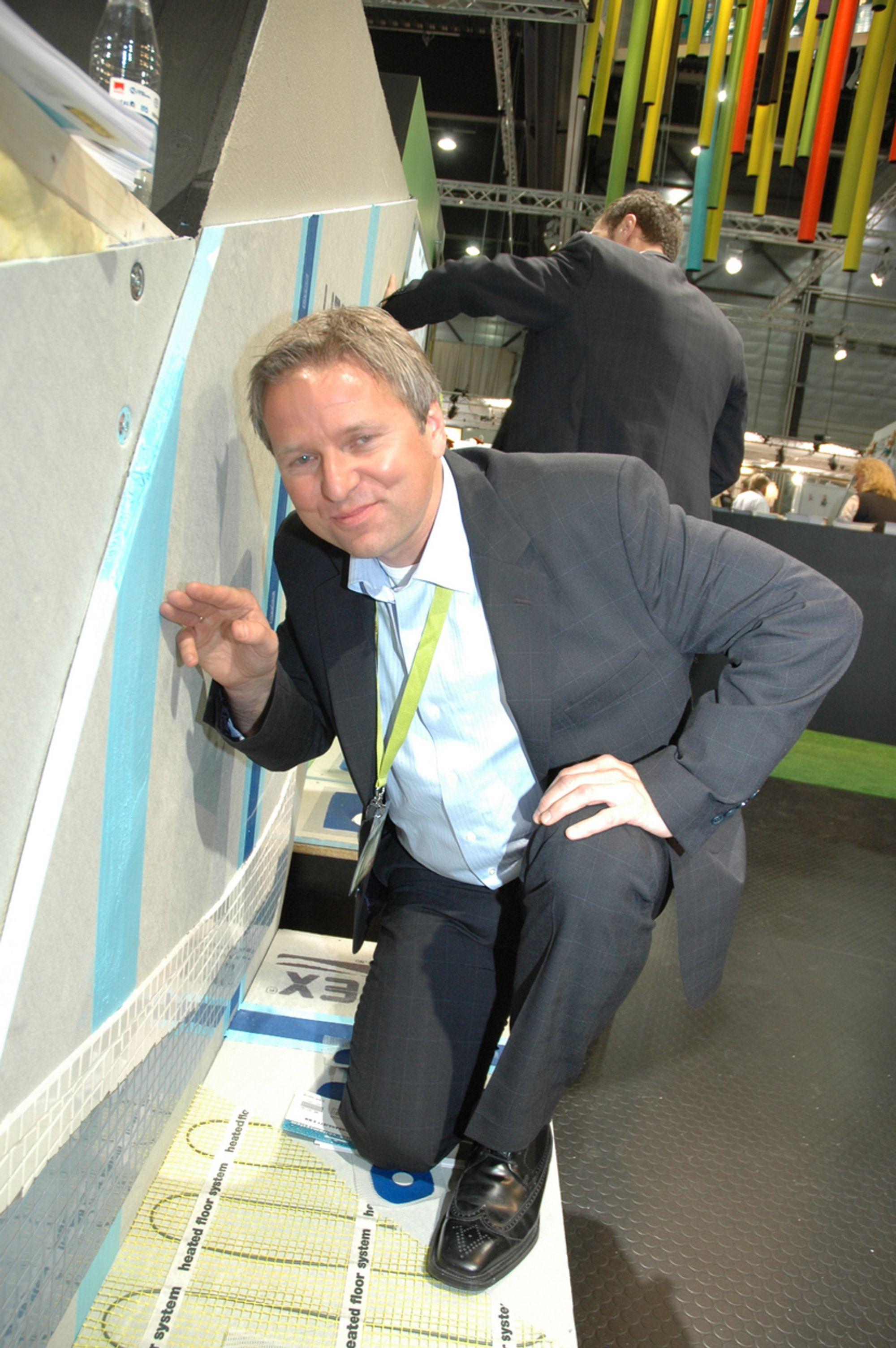 SEKSDOBLER: Ottar Nilsen er markedssjef hos Litex. Sandefjordfirmaet seksdobler nå produksjonen og går til angrep på våtromsgipsen.