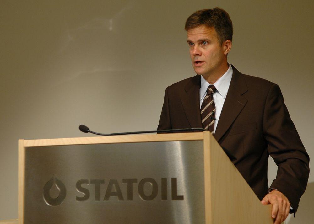 ØKER PRODUKSJONEN:  - Vi er et av de få oljeselskapene som øker produksjonen. Dette skyldes feltene i Algerie og Angola, sier Helge Lund.