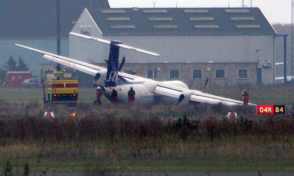 Dette SAS-flyet av typen Dash 8 Q400 var på vei fra Bergen til København da det måtte nødlande og understellet knakk.