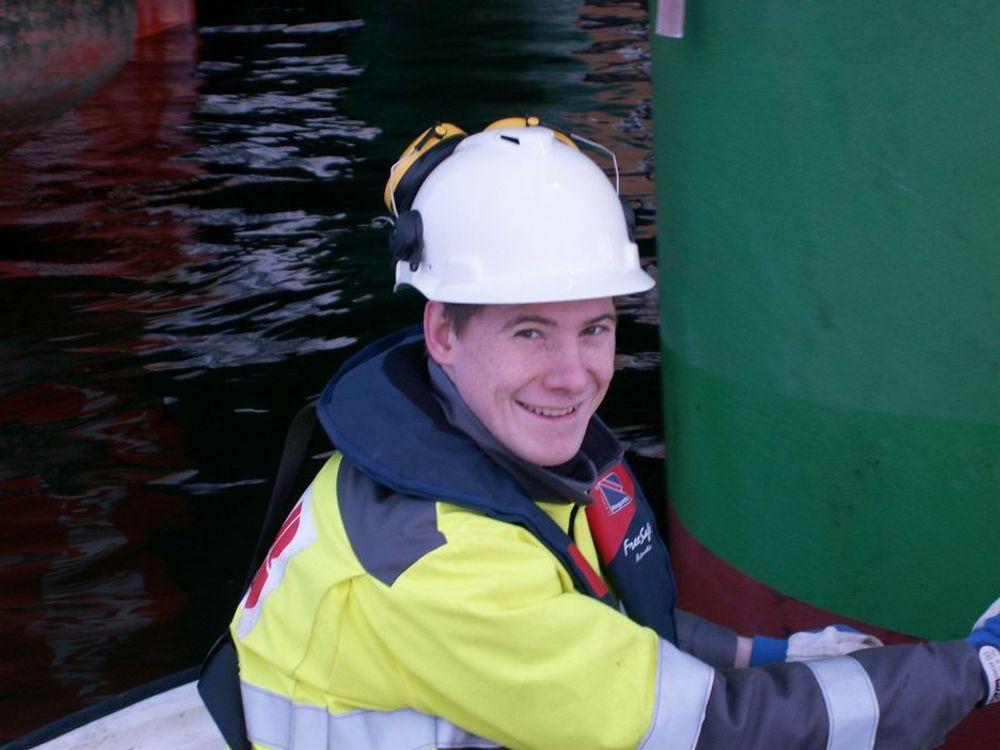 GLAD TRAINEE: Tore Nilsen stortrives som trainee hos ABB.
