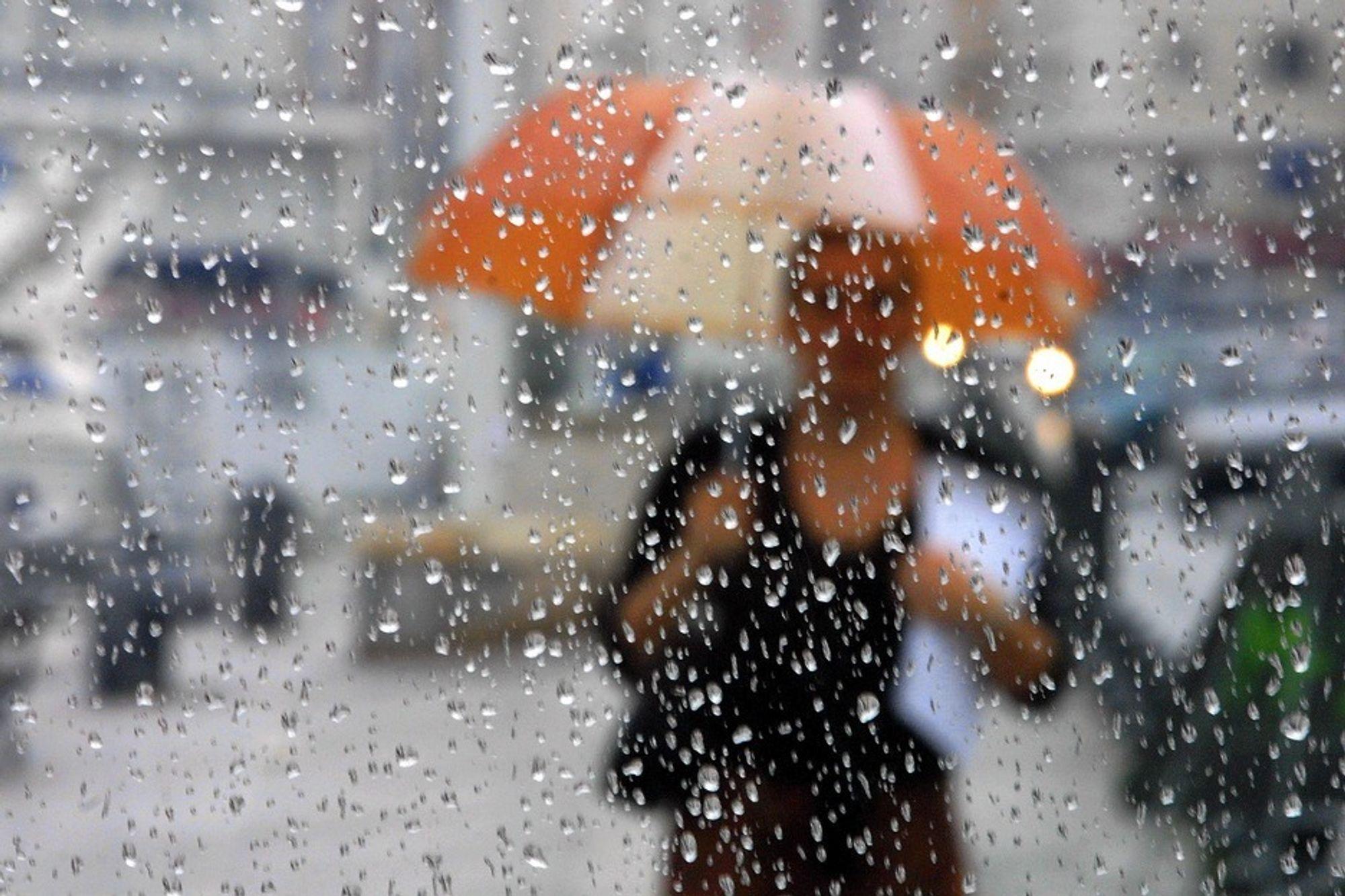 Om våren og sommeren har meteorologene vanskeligheter med å plassere nedbør.