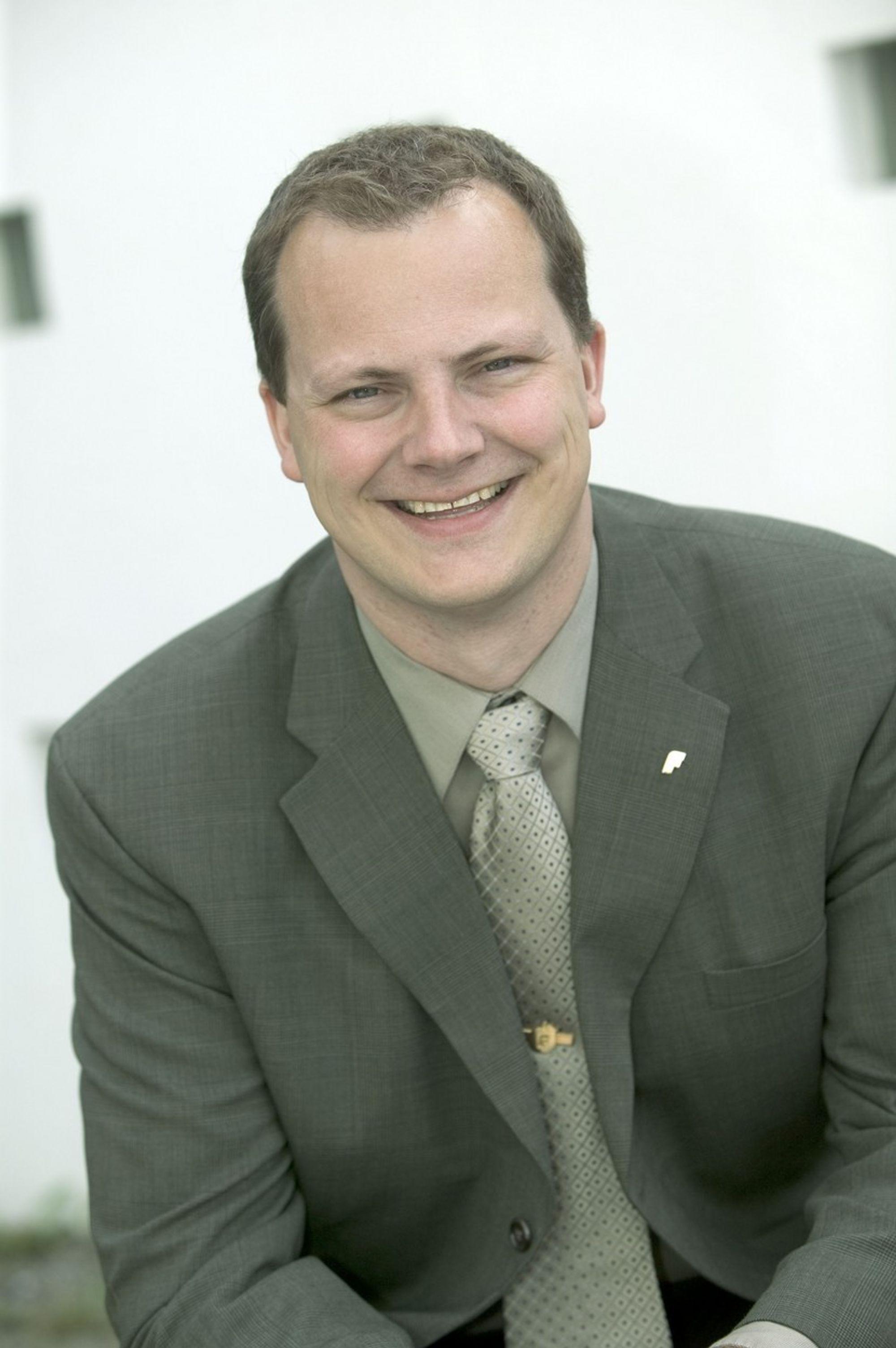 KJERNEKRAFT: Ketil Solvik-Olsen (Frp)  tror ikke Norge kommer utenom kjernekraft i framtiden.