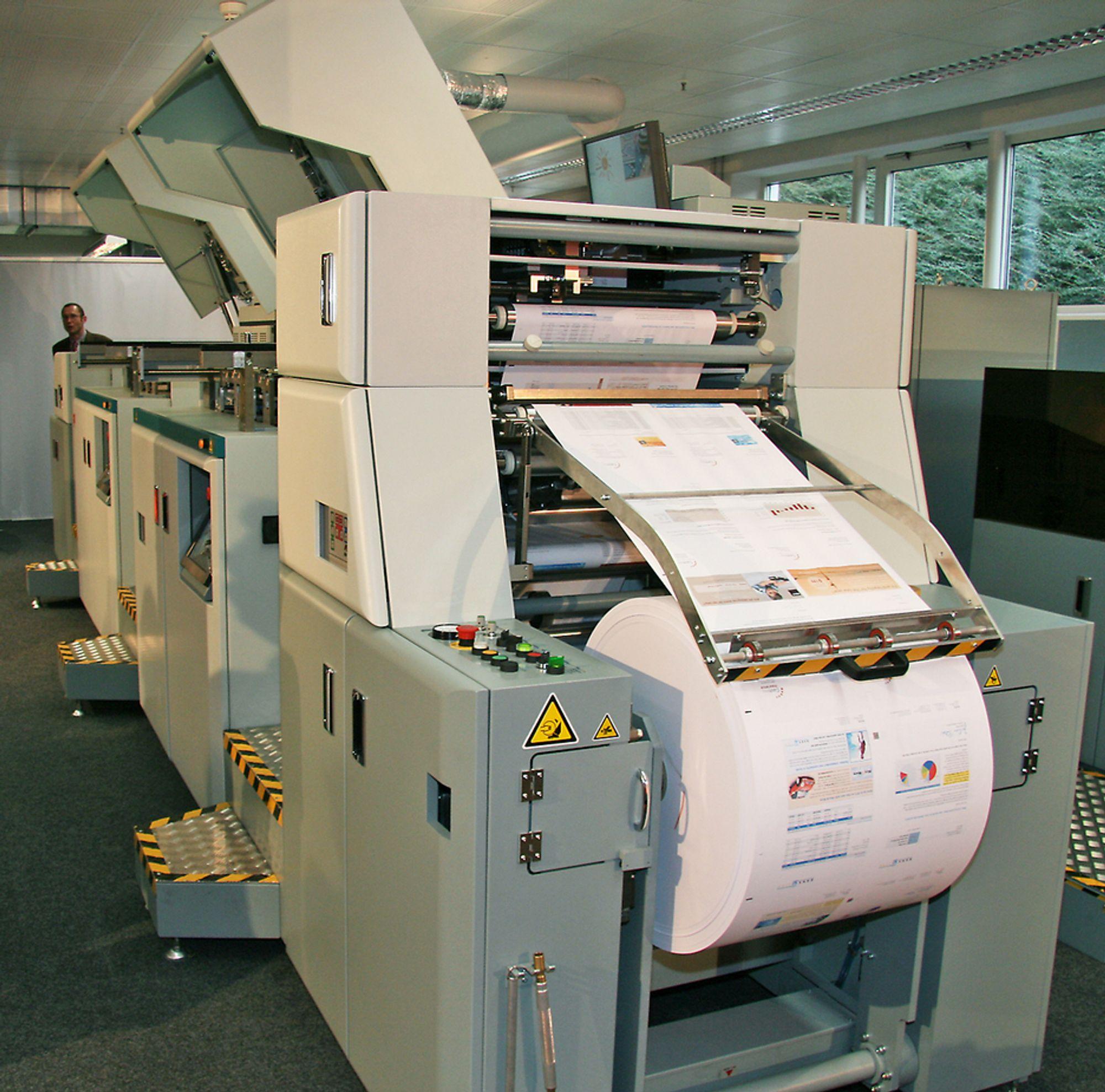 UTFORDRER: Denne maskinen kan bli en alvorlig utfordring offset-teknologien.