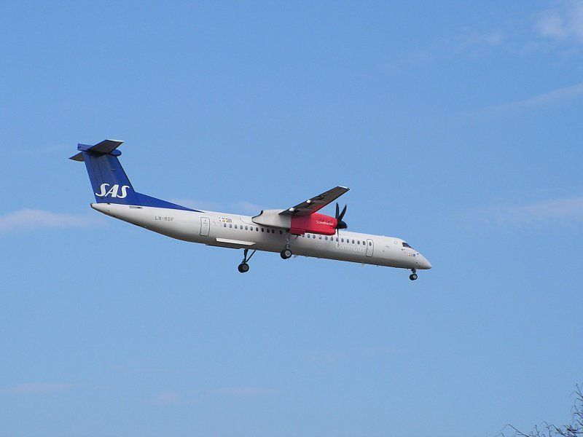 Et Dash 8-fly fra SAS måtte nødlande i Danmark etter feil med landingshjulene søndag. Mandag måtte to andre fly av samme type stoppes på grunn av tekniske problemer.