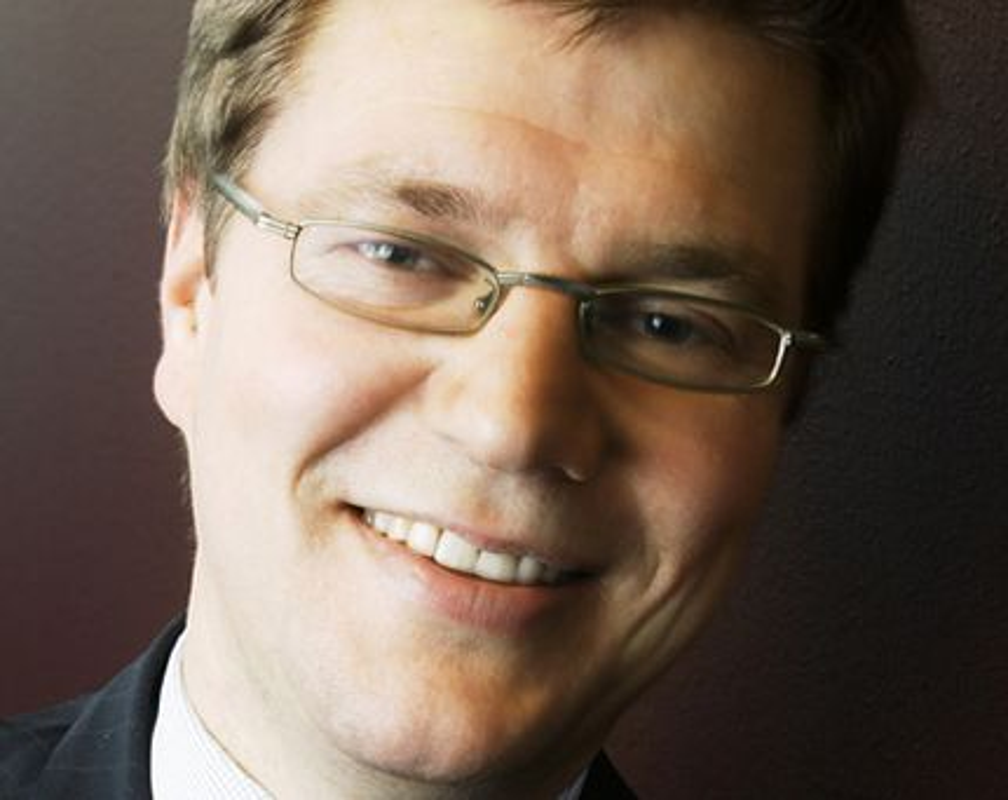 IKKE KONKURRENTER:  - Siden vi fokuser på forskjellige deler av markedet blir vi altså ikke konkurrenter, men selskapene blir selvstendige i salgs- og markedsarbeid. I prosjektsammenheng vil selskapene være partnere der det er naturlig, hevder Kjell André Engen, administrerende direktør i Capgemini Norge.
