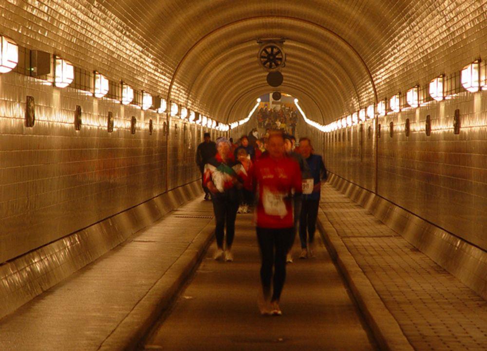 HVEM VINNER? Veidekke, Skanska og AF konkurrerer nå i anbudsrunden for sikringsarbeidet av Vestfold-tunnelene.