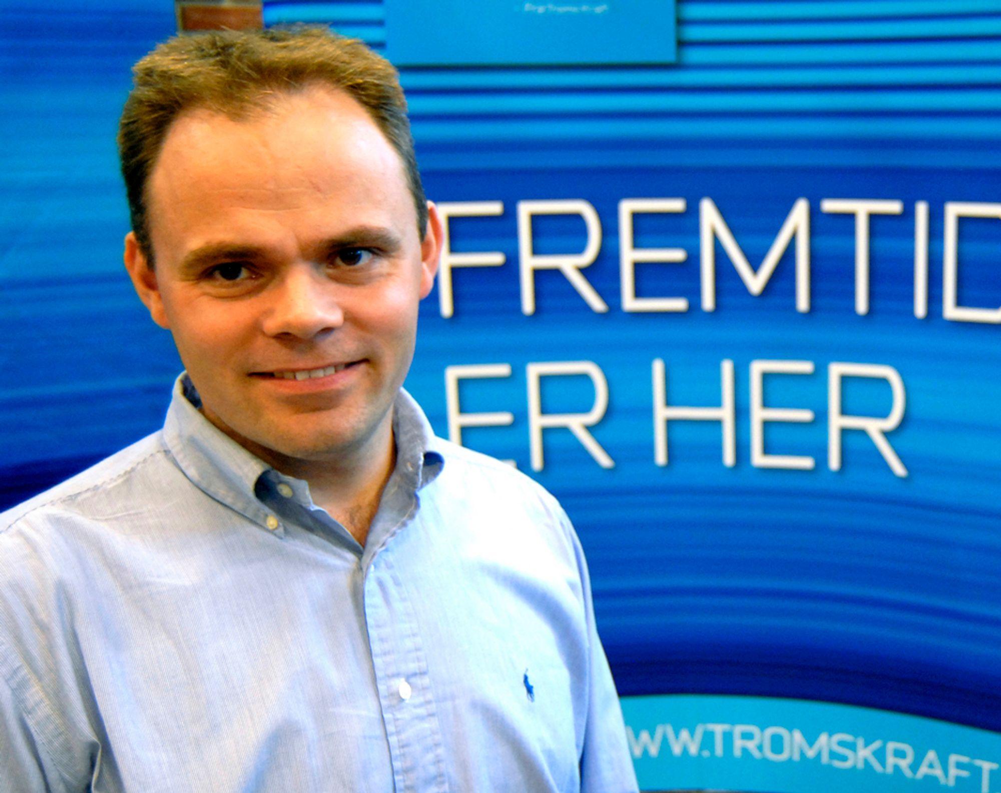 TING TAR TID: Den tidligere Telenor-mannen Erling Dahlberg leder Troms Kraft Fiber. Så langt har han slitt med å overbevise folk i Troms om fiberens fortreffelighet - spesielt med tanke på åpne løsninger.