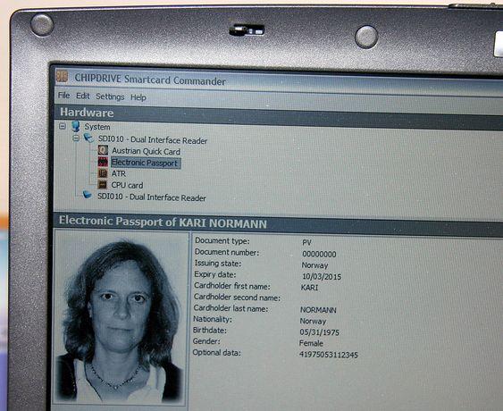 Pass-opplysningene på PC-en.