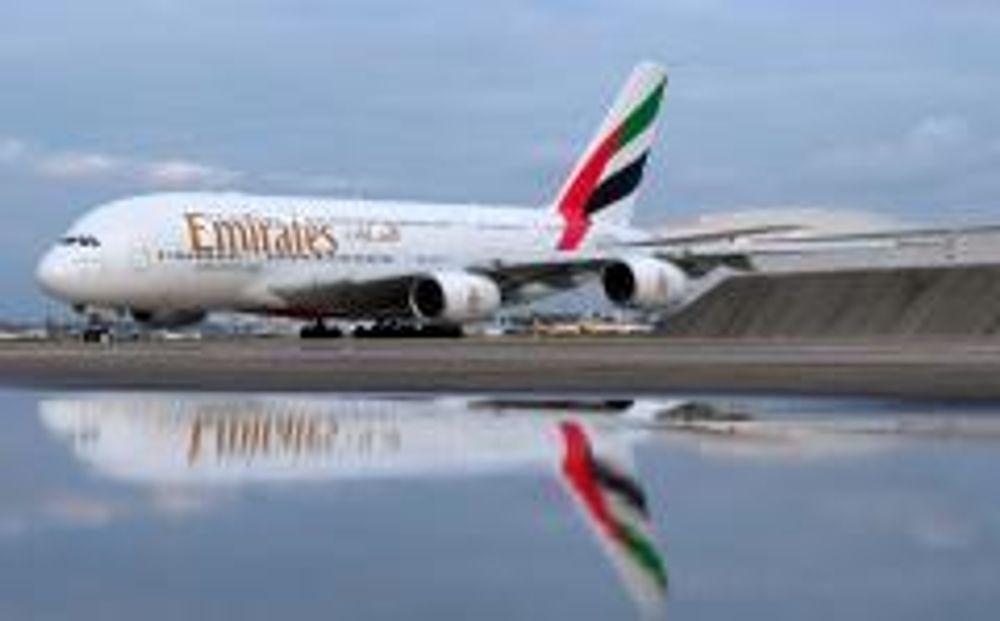 NYMALT: Her står den, den første superjumbo A380 som skal leveres i løpet av året. Etter hvert følges den av 140 andre.
