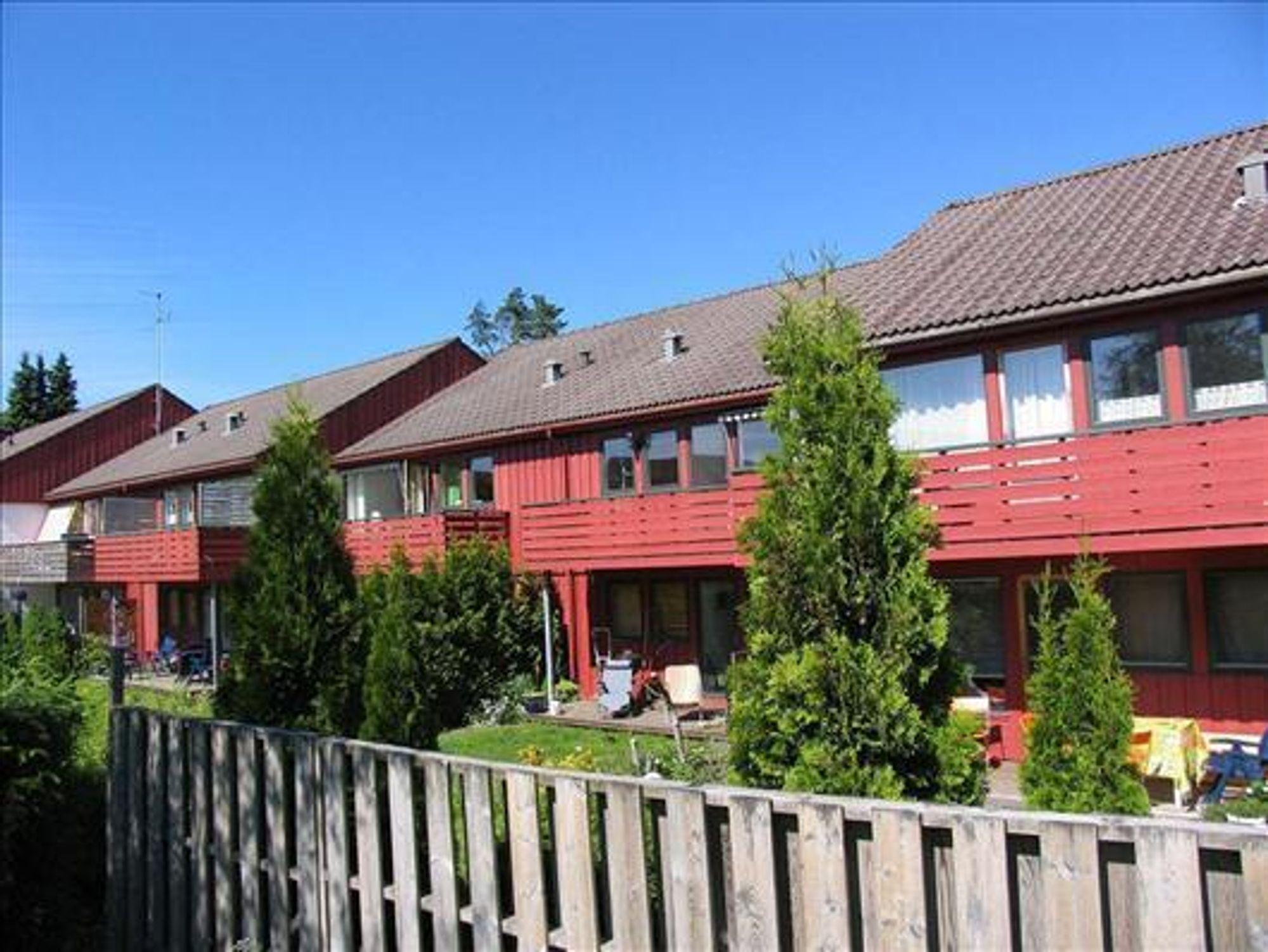 ØKER MEST: Borettslagsprisene øker mest i Stavanger, melder NBBL. Her et rekkehus i Sandal som er til salgs med prisantydning 1,625 kroner for 83 kvadratmeter boareal.Med på kjøpet får kjøper en fellesgjeld på 51.597 kroner samt månedlige fellesutgifter på 3520 kroner.