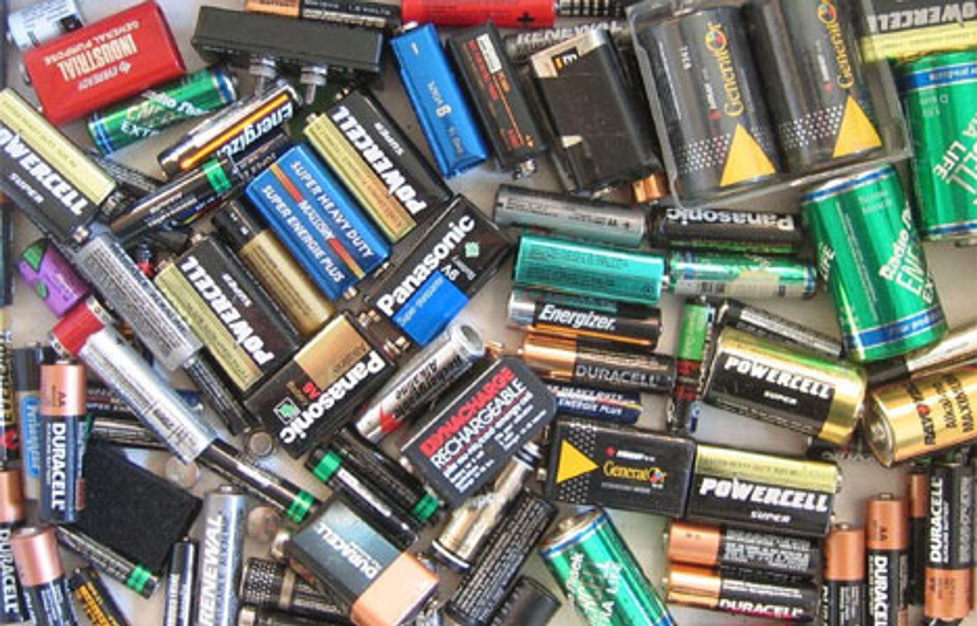 Så vel vanlige batterier som batterier til kjøretøyer kan snart erstattes av nanokarbonrør-baserte kondensatorer, tror amerikanske forskere.