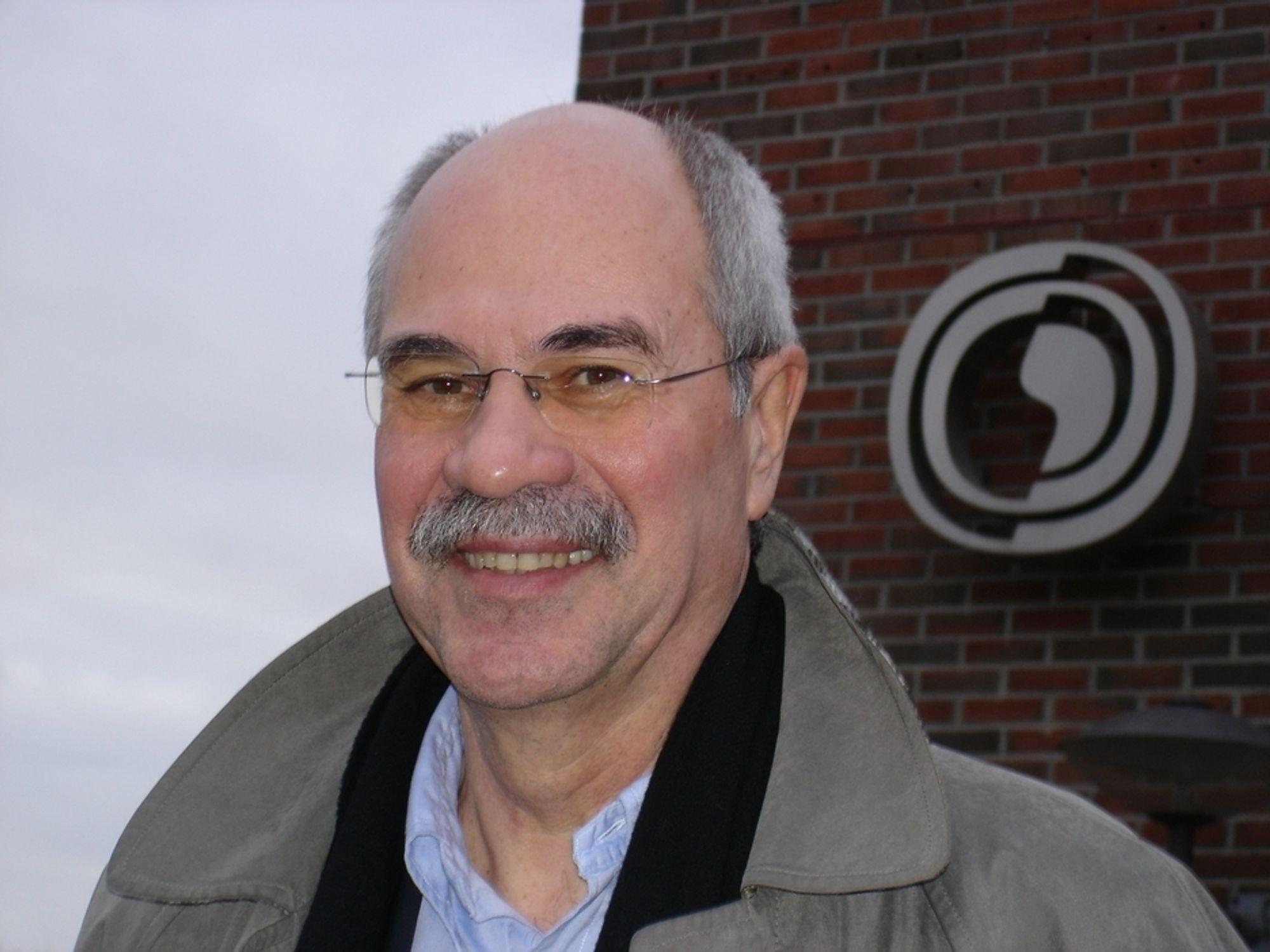 VALGTE INTERNT:  Bjørn Svensvik er født i Kristiansund, og ble utdannet sivilingeniør ved det tekniske universitetet i Braunschweig i Tyskland, der han også tok sin doktorgrad.