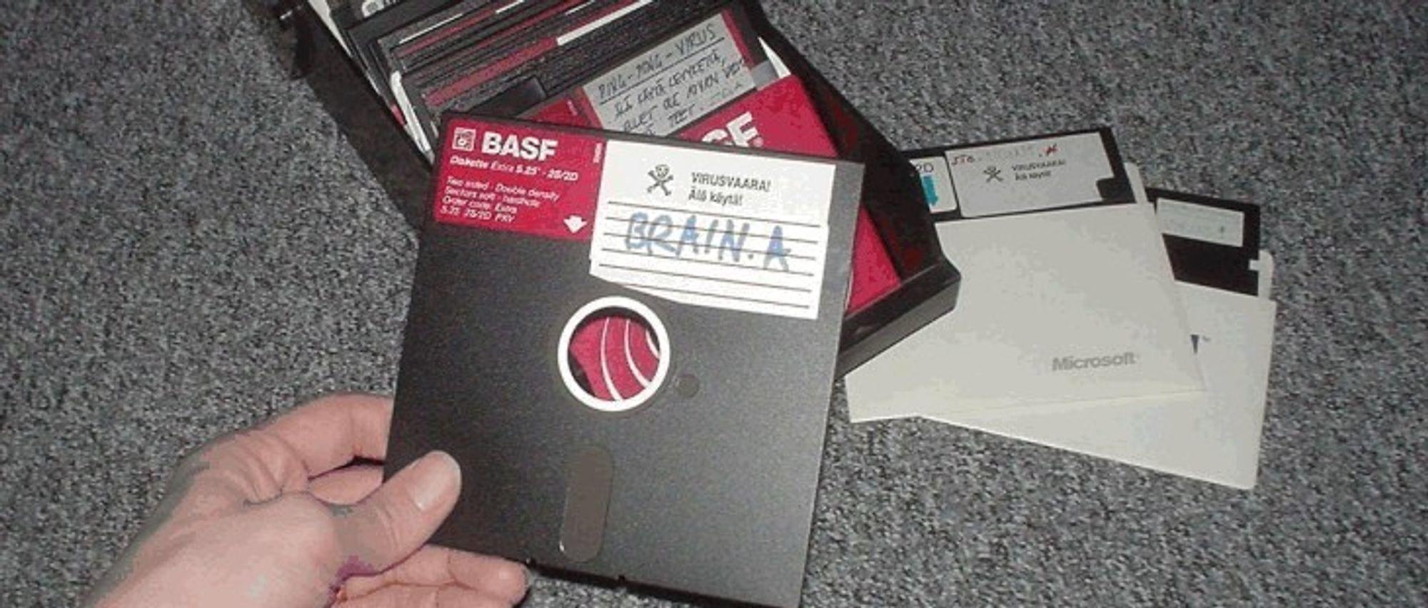 HISTORISK: Er det noen som husker disketter? Alle som jobber i Nav gjør det, og en rekke leger.