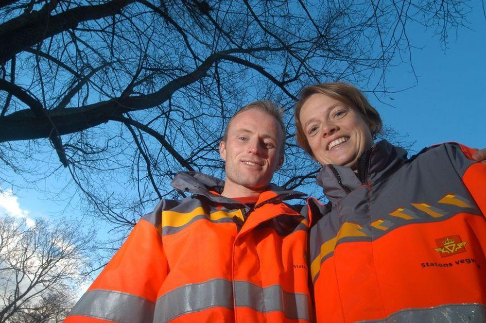 VIL HA FLERE UNGE KOLLEGER: Nils Stenså og Margot Bolstad Lynum ønsker flere unge sivilingeniører som kolleger.