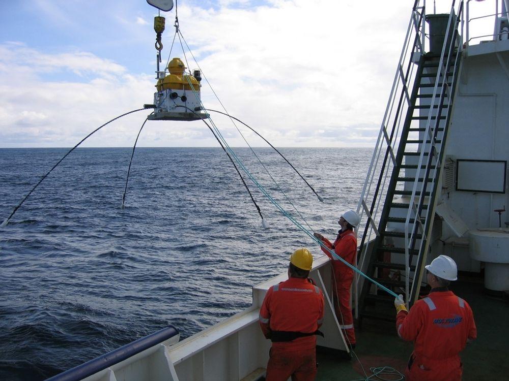 UT PÅ HAVET: Arbeid offshore lokker mange, men EMGS har også behov for dyktige teknologer til å utvikle utstyr, programvare og til å tolke dataene fra havbunnslogging.