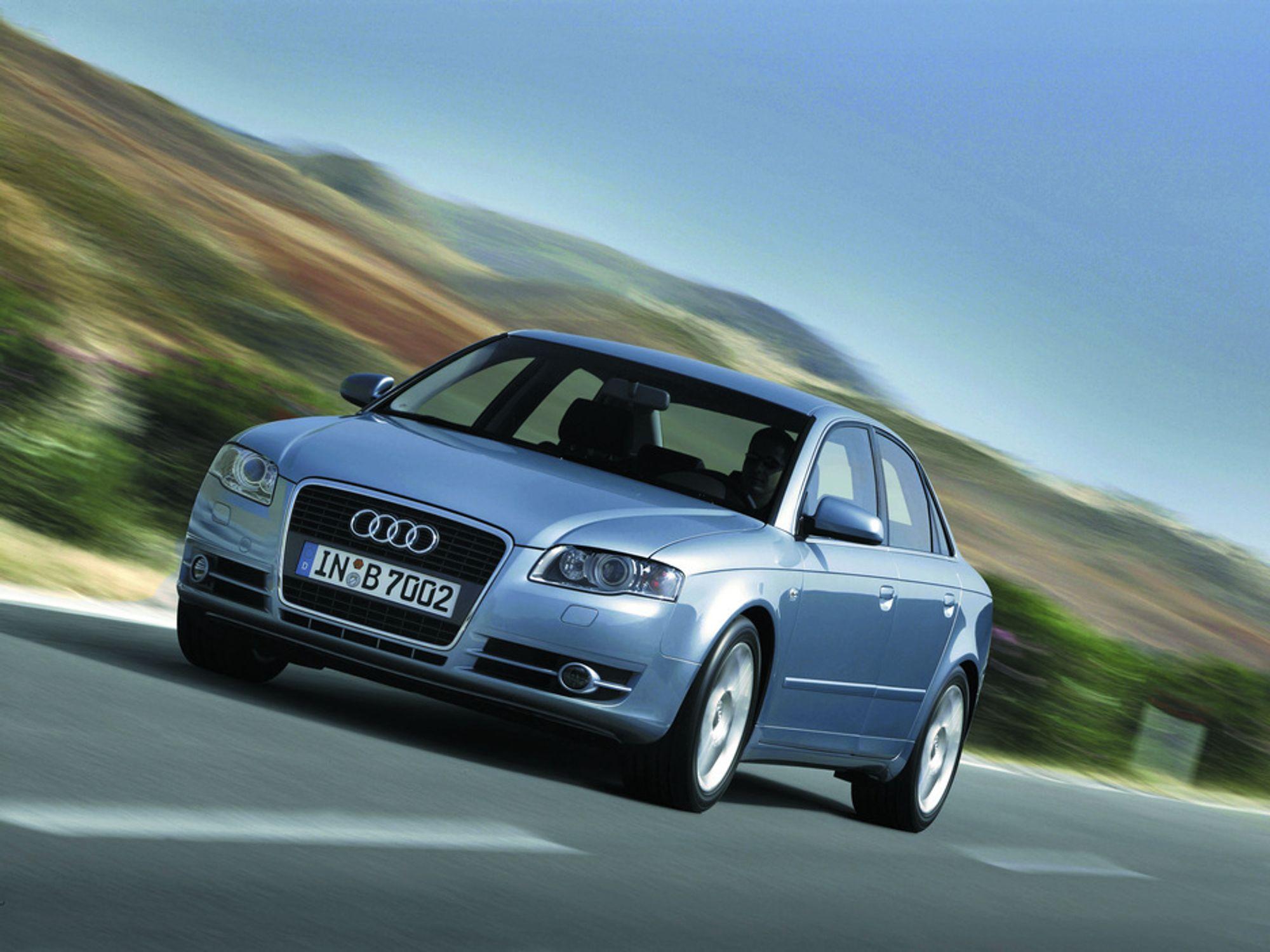 SIKRE BILER: Insurance Institute for Highway Safety i USA har kåret Audi A6 og Audi A4 (bildet) til de sikreste bilene i verden i sine respektive klasser.