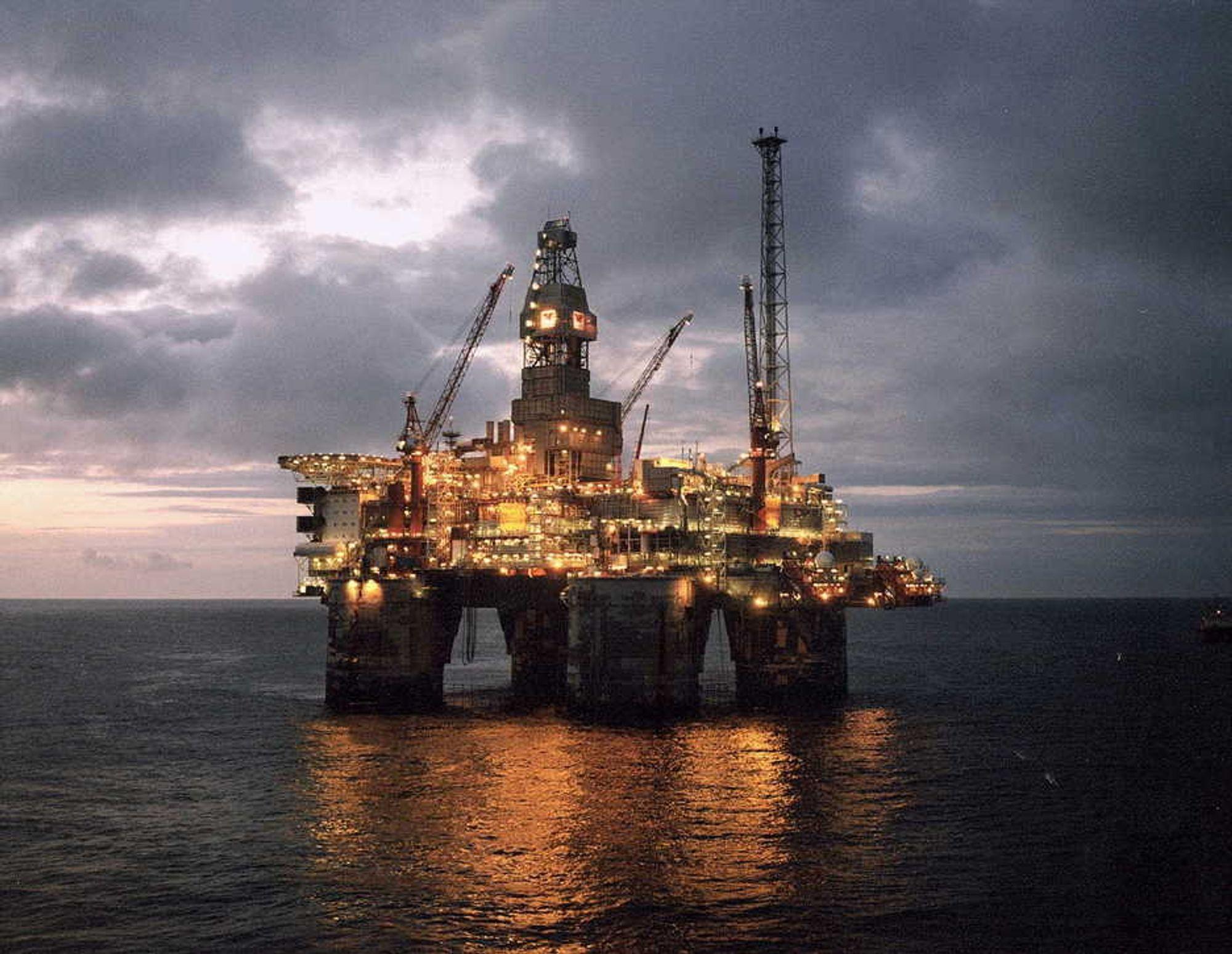 Olje- og teknologitunge aksjer er mest omsatt på Oslo Børs i oktober.