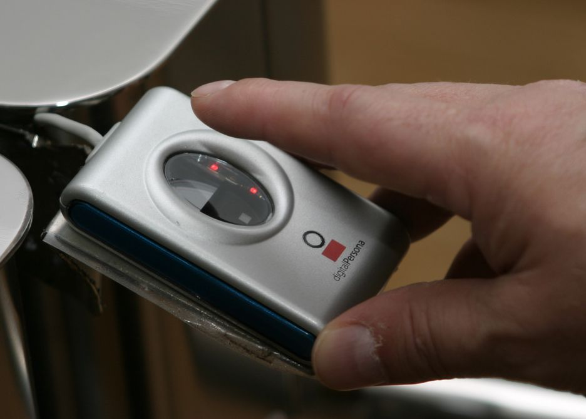 biometri, fingeravtrykk, adgangskontroll, biometrisk