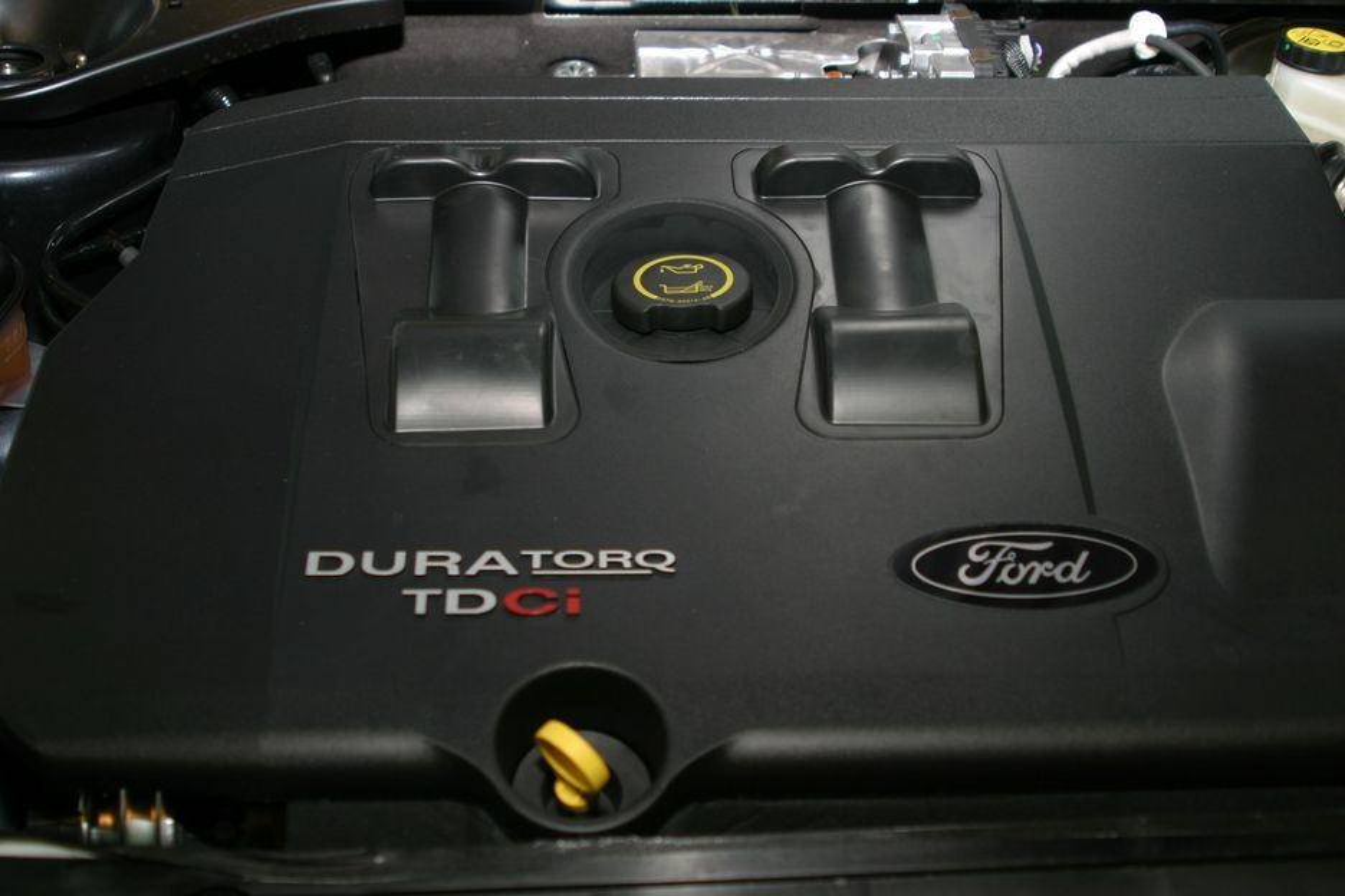 Forbrenningsmotoren blir ikke danket ut av elektriske motorer med det første.