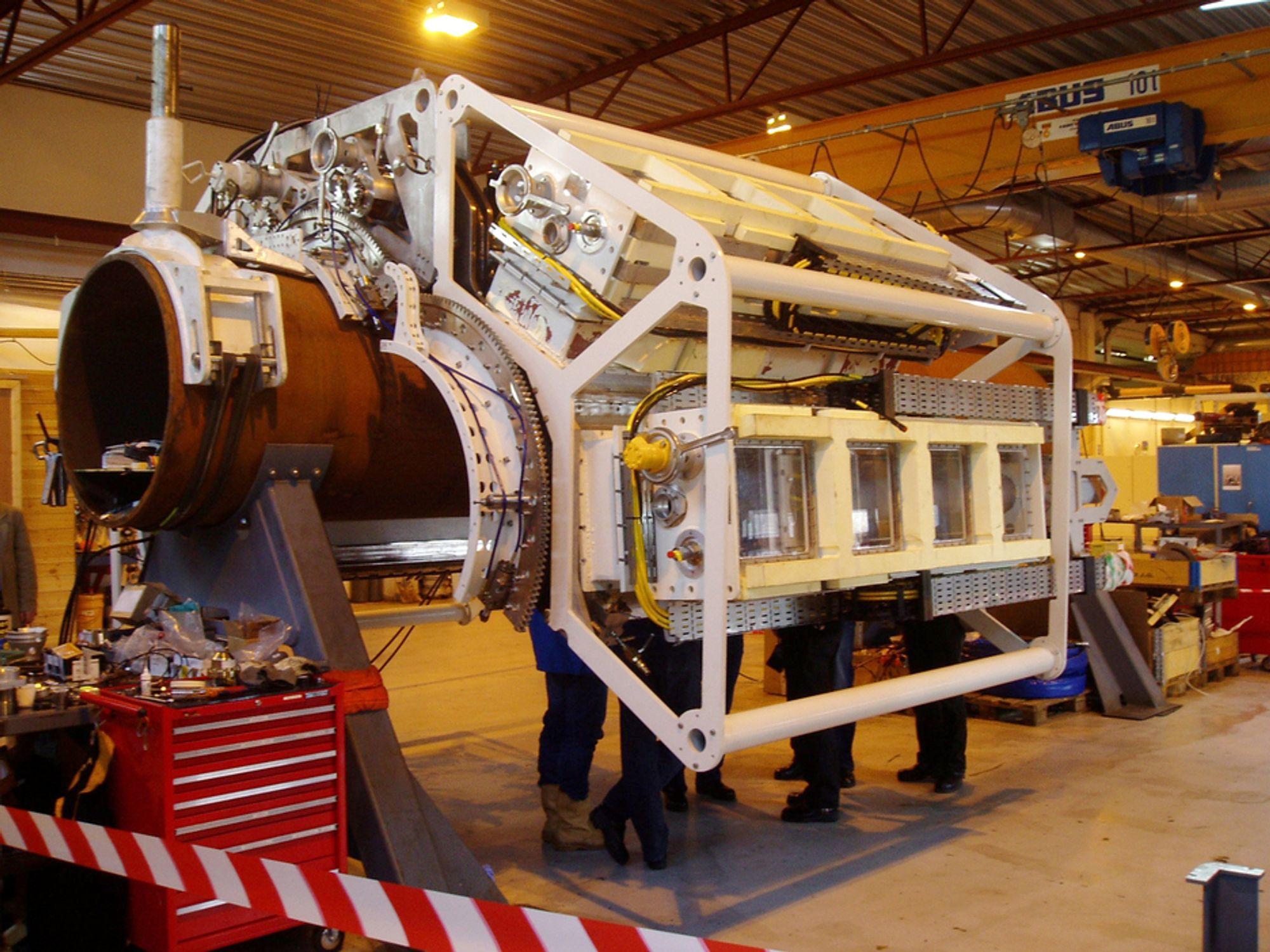 DET MESTE: Verkstedbedriften Malm Orstad lager det meste fra bunnen av, alt fra enkle braketter til kompliserte maskiner som undervannsfarkoster og avanserte vedlikeholdsløsninger til oljebrønner.FOTO: PRESSEKANALEN