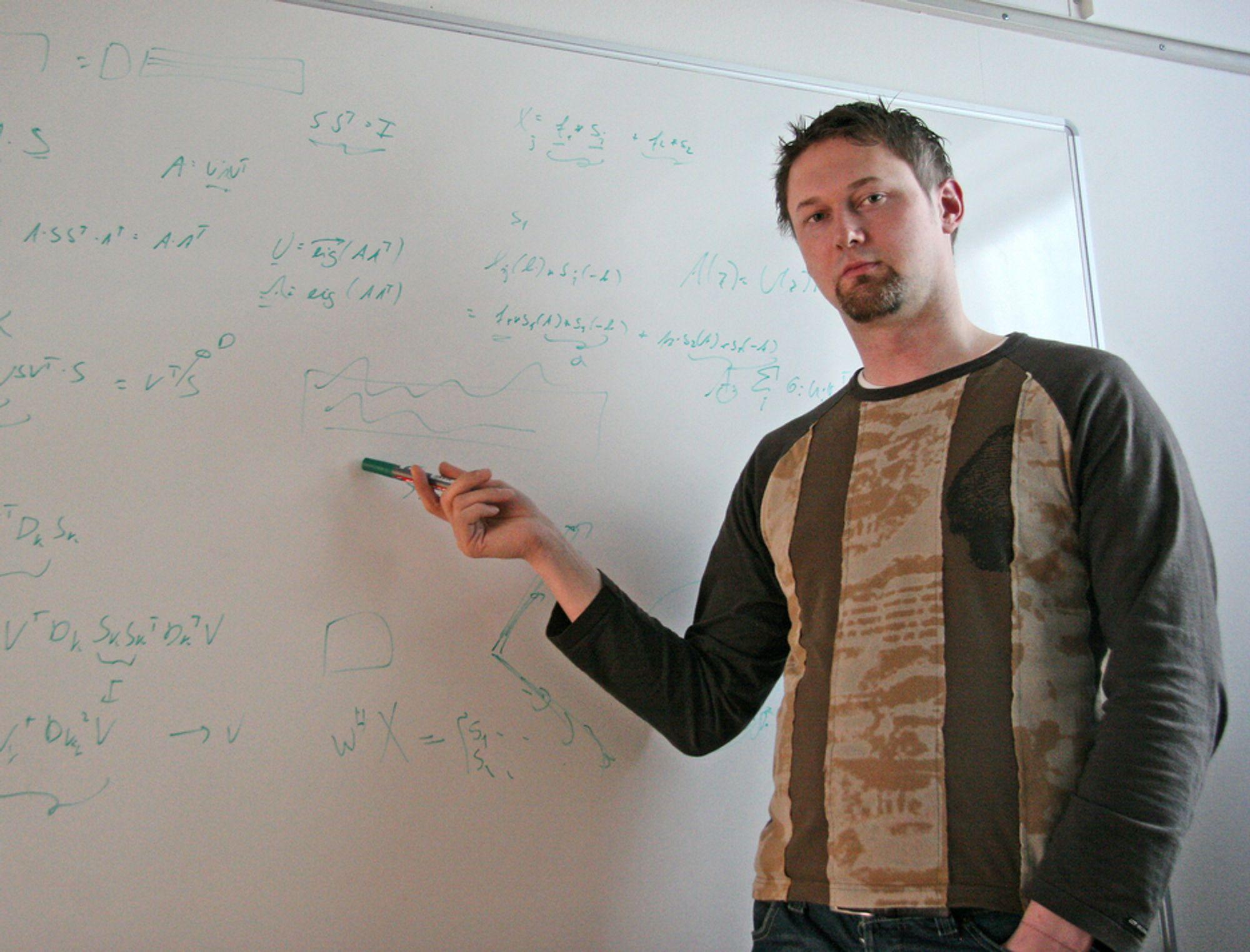LYDGRÜNDER:Tobias Dahl har startet SoniTrack for å utnytte sine egne oppfinnelser på sensorer og signalbehandlingsalgoritmer.