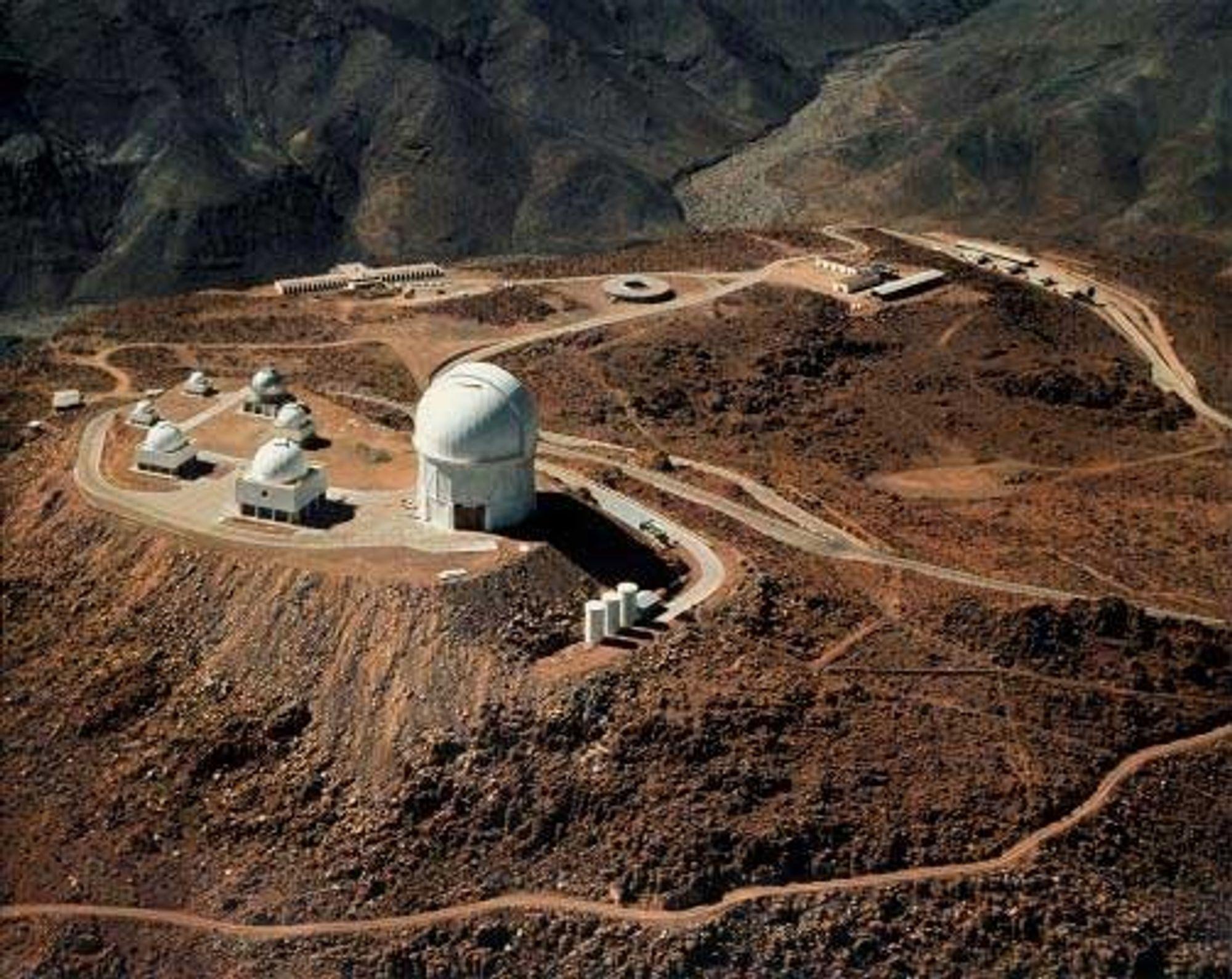 The Cerro Tololo Inter-American Observatory på fjelltoppen Cerro Pachn i det nordre Chile.