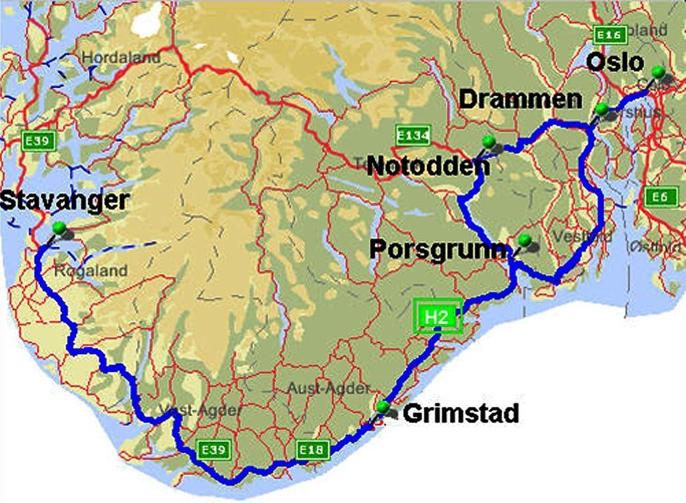 VERDENS LENGSTE: Norge kan få verdens lengste sammenhengende kjørevei med hydrogen fyllestasjoner i 2008.