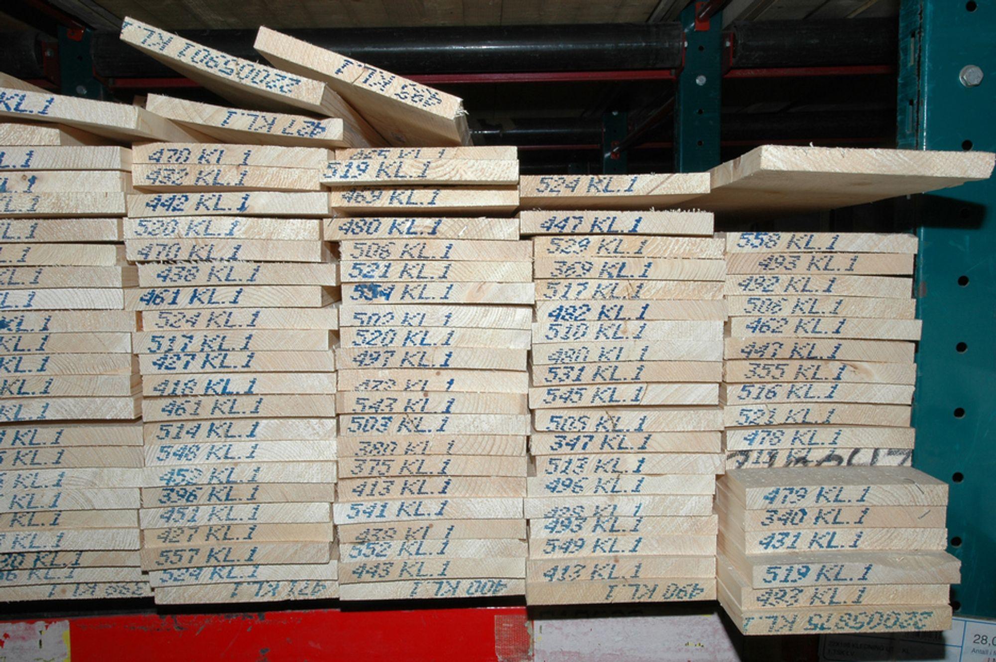 Plank er miljøvennlig, men det er neppe det Kommunal- og regionaldepartementet har i tankene når de bevilger penger til materialdeklarasjoner.